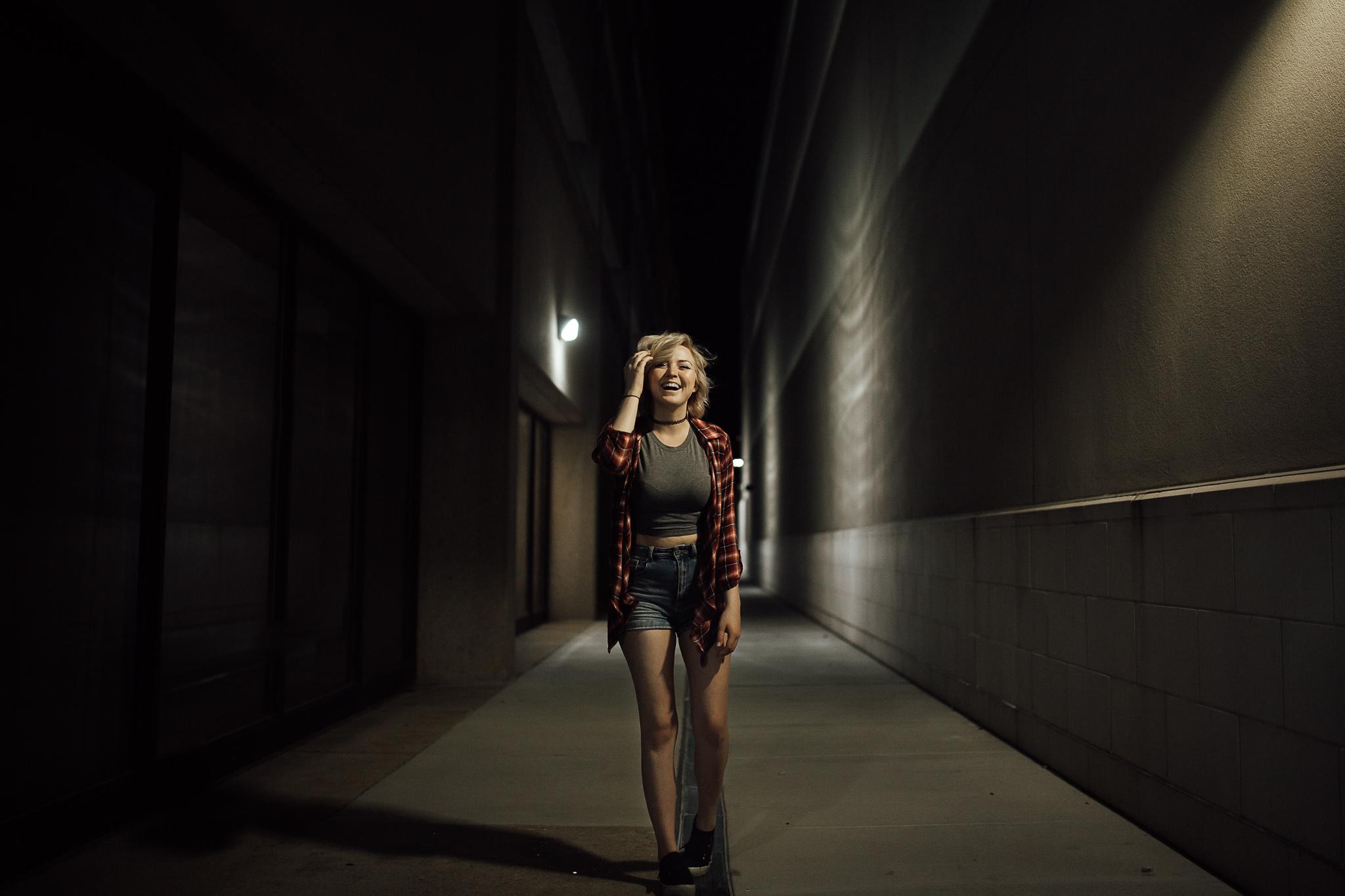 downtown-memphis-night-photography-memphis-night-life-model