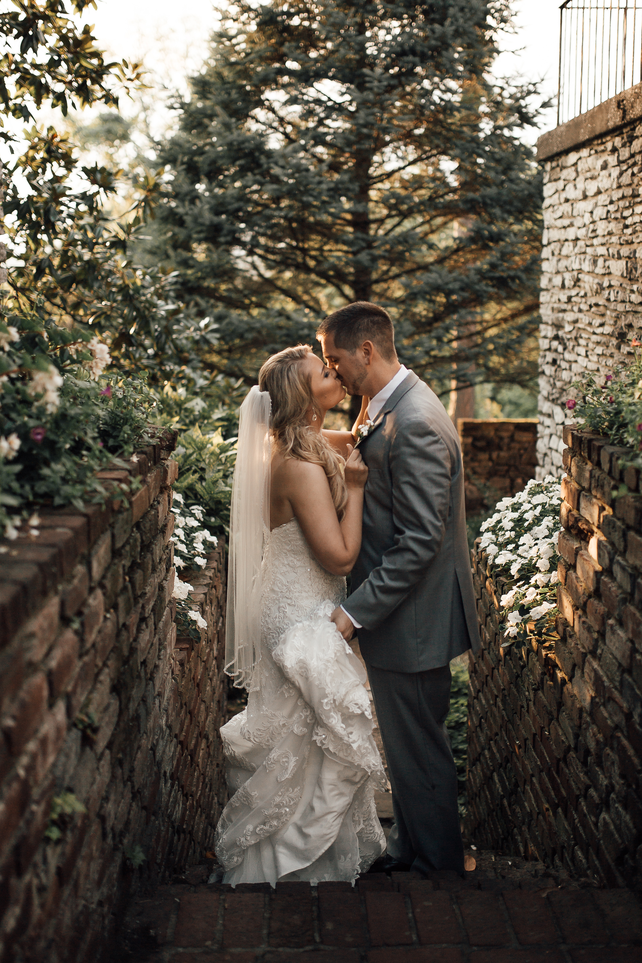 knoxville-wedding-venue-knoxville-botanical-garden-cassie-cook-photography
