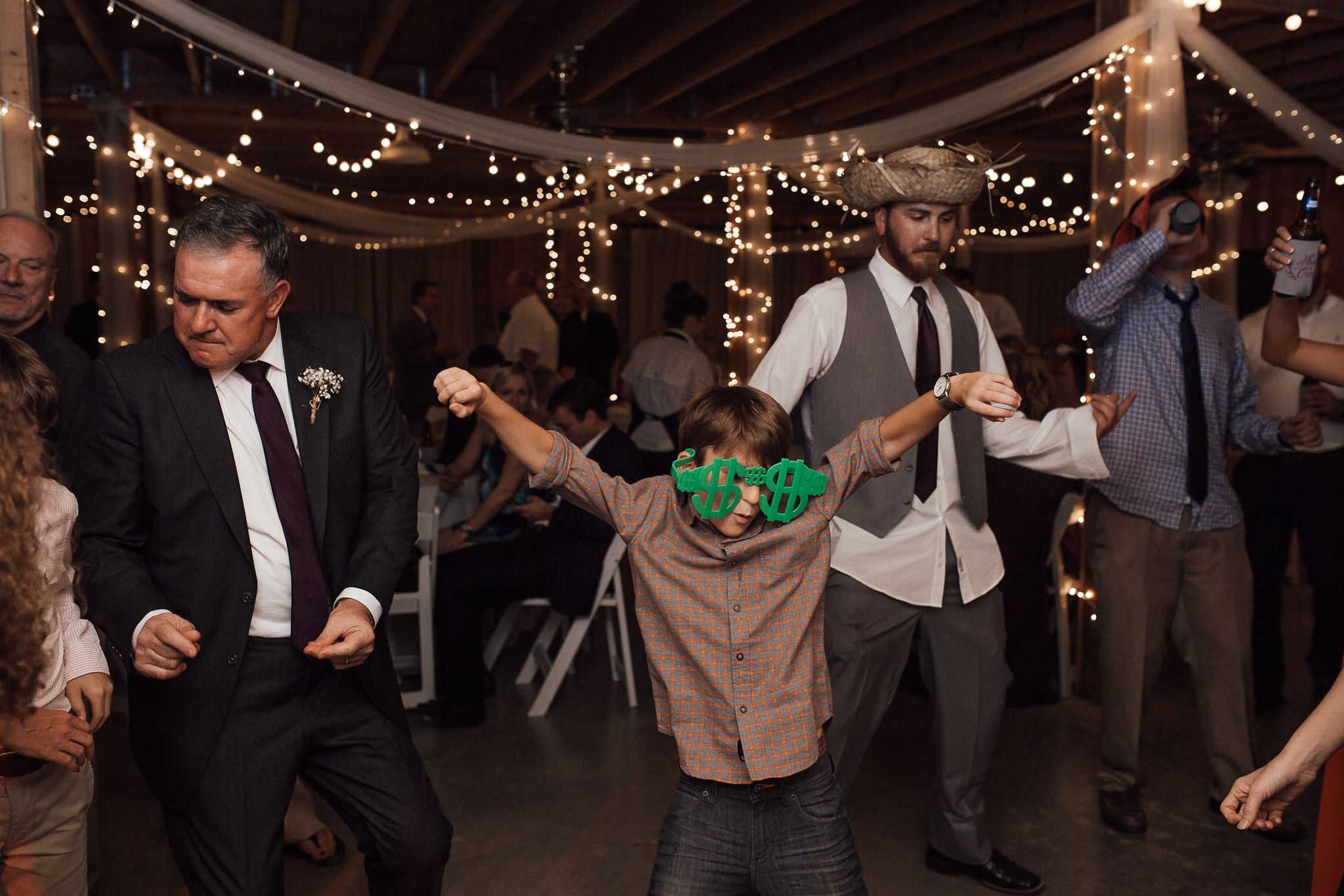 cedar-hill-farms-hernando-wedding-venue-memphis-wedding-photographer-cassie-cook-photography