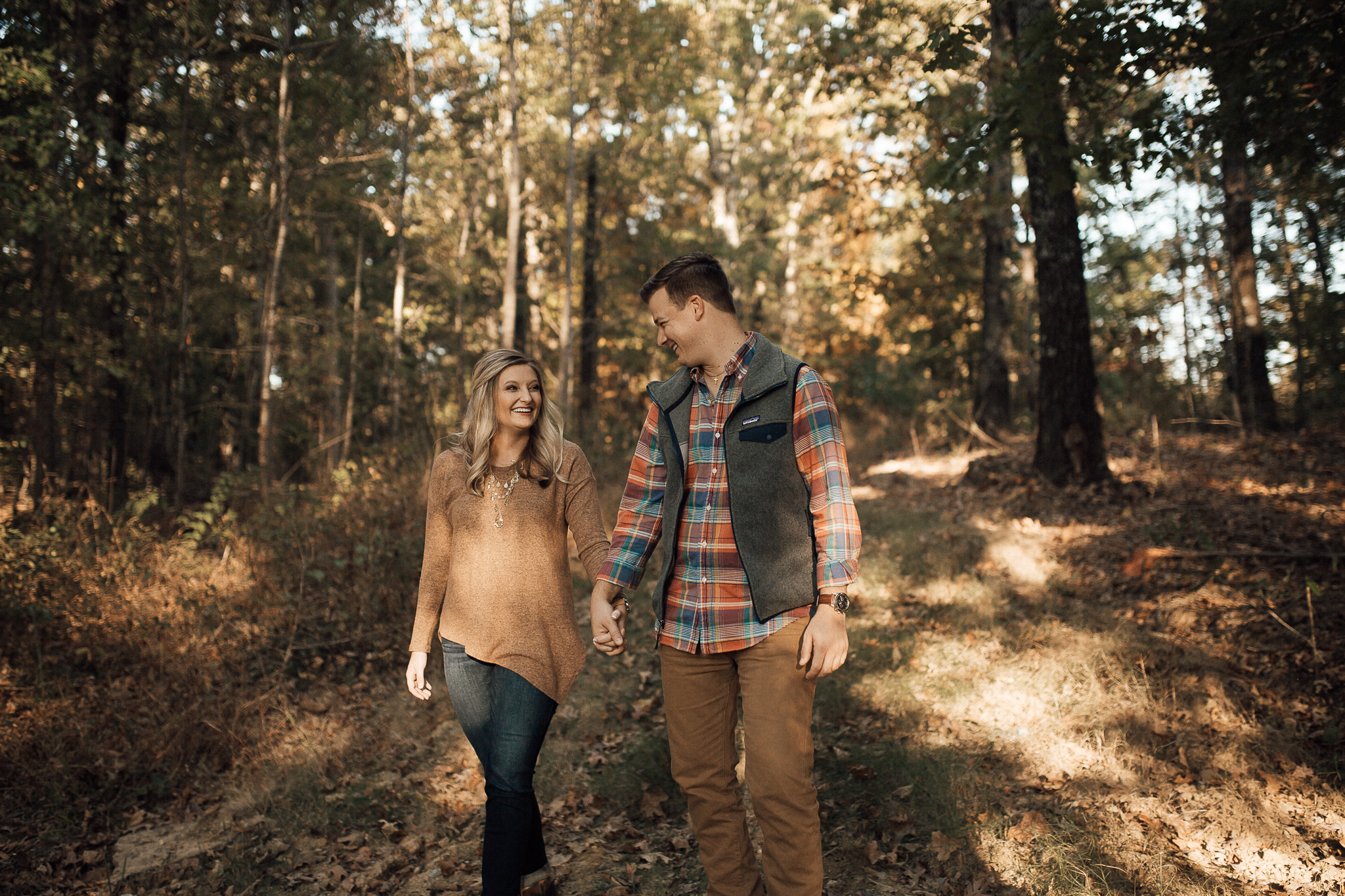 cassie-cook-photography-memphis-wedding-photographer-engagement-pictures-alexis-ryan-fall-pictures-hernando-ms-7.jpg