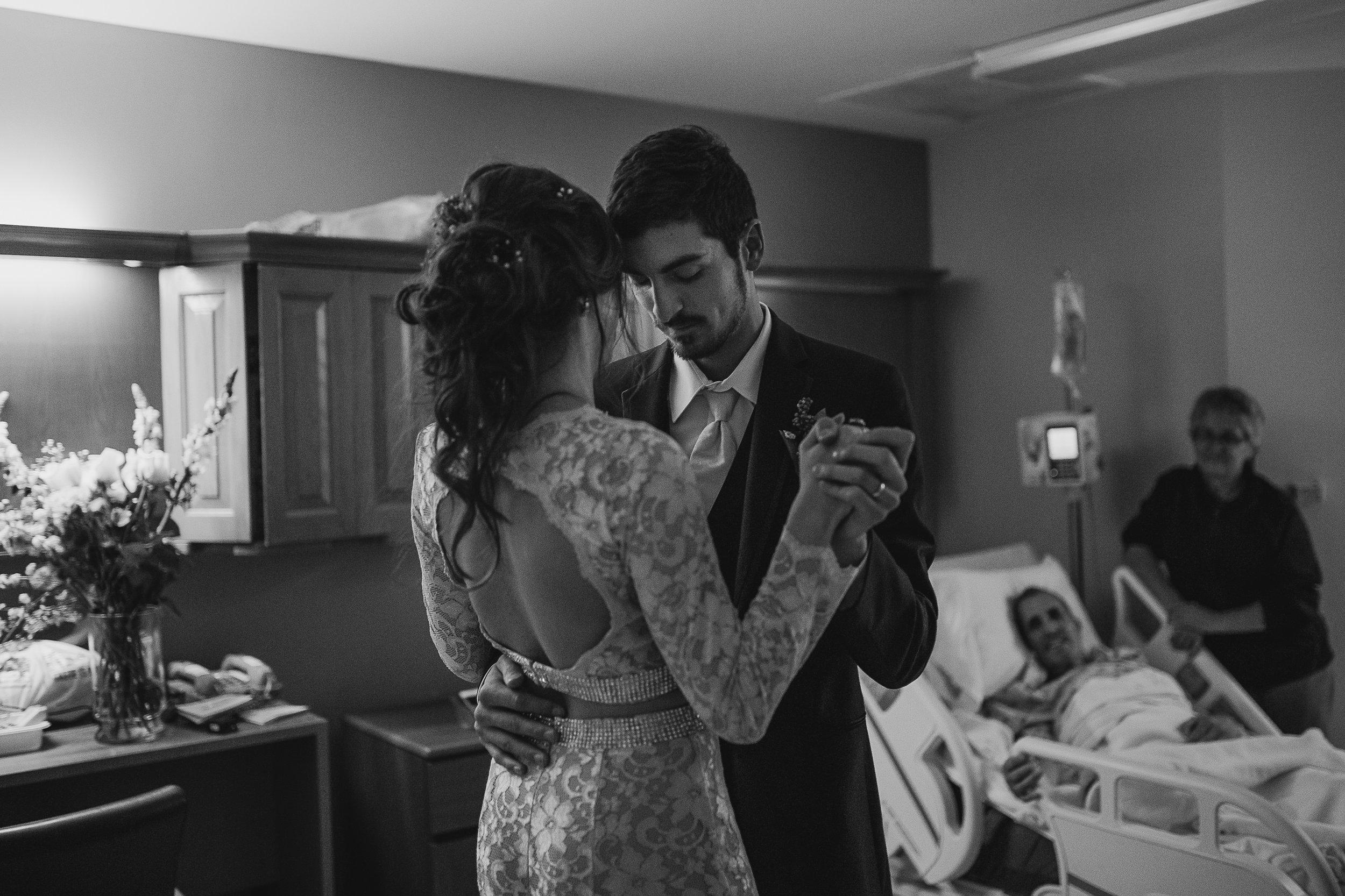 memphis-wedding-photographer-cassie-cook-photography-loya-first-dance-12.jpg