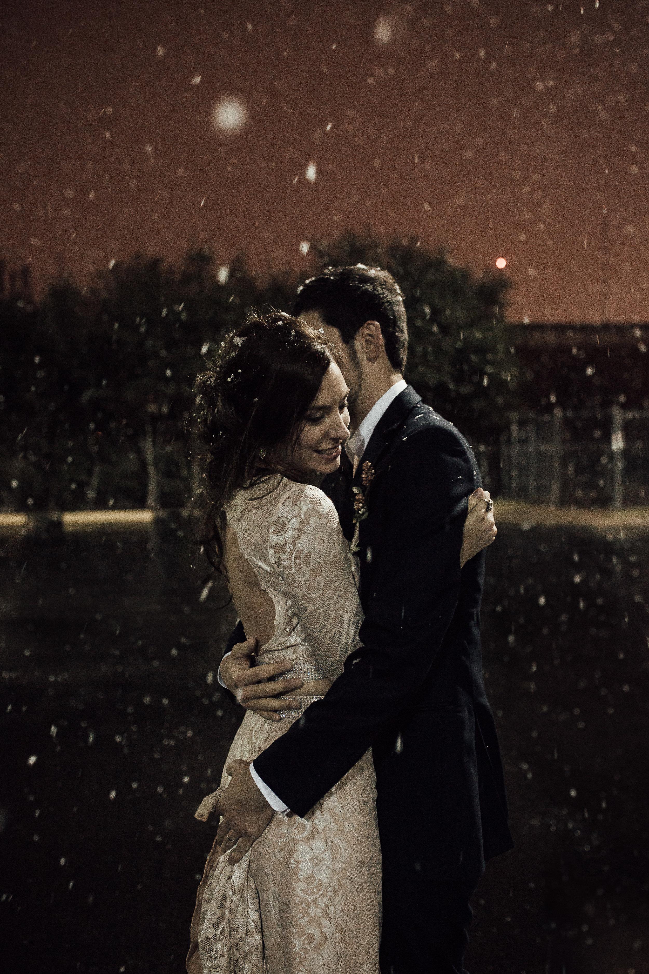 cassie-cook-photographer-intimate-ceremony-elopement-white-wedding-winter-wedding