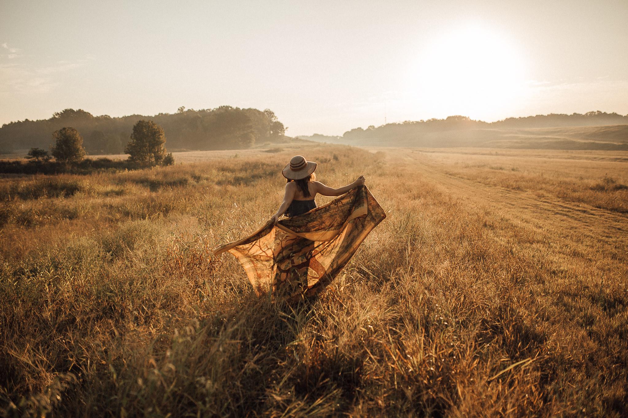 Memphis-senior-photographer-cassie-cook-photography-bohemian-sunrise-pictures-37.jpg