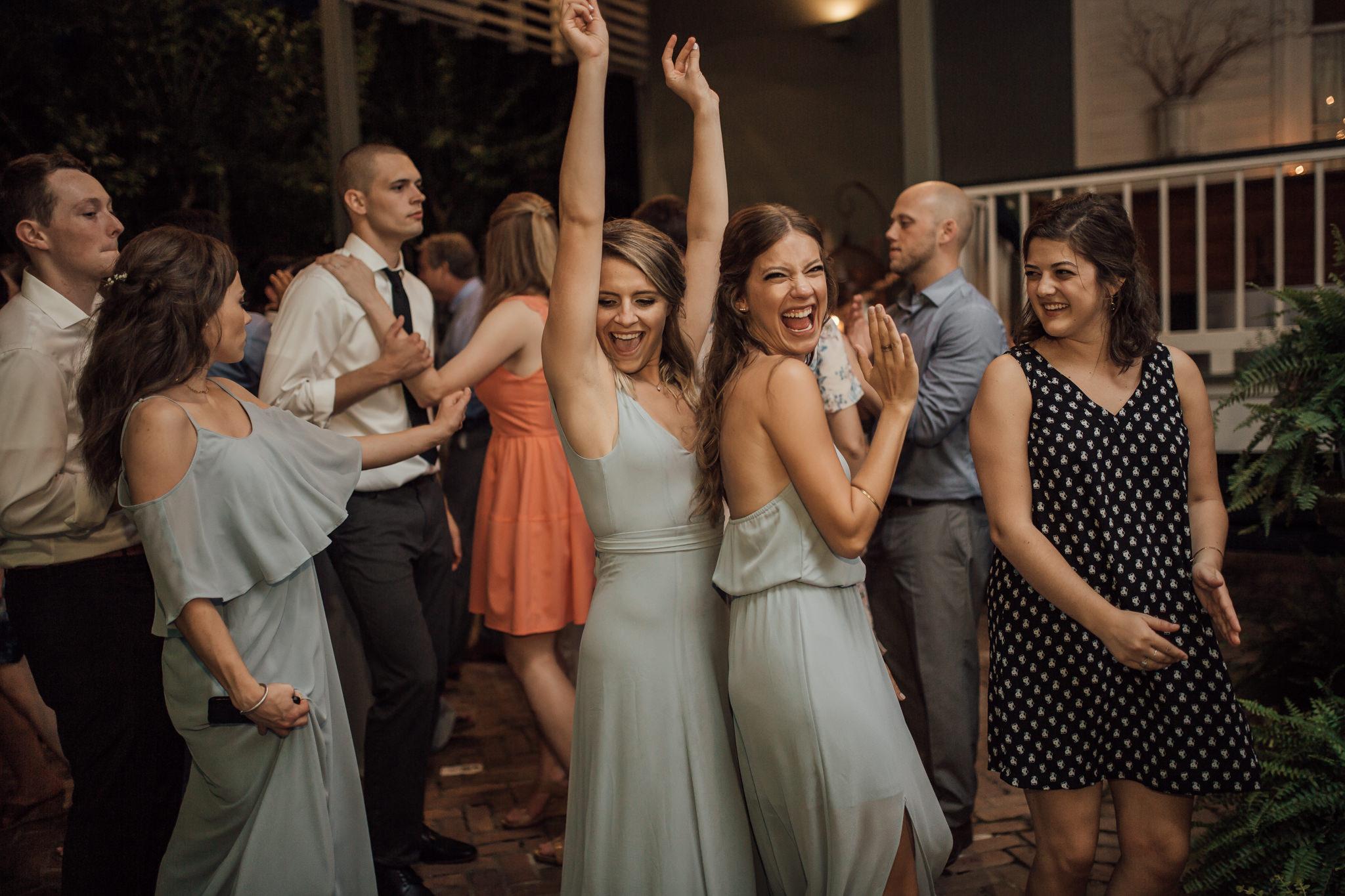 cassie-cook-photography-memphis-wedding-photographer-hedge-farm-wedding-venue-39.jpg