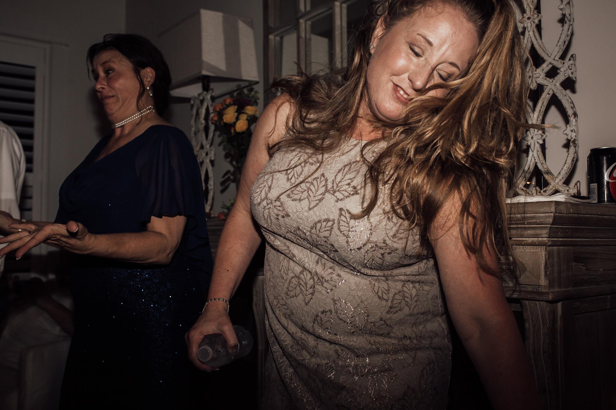 cassie-cook-photography-santa-rosa-beach-fl-wedding-farrar-wedding-beach-wedding-destination-wedding-9.jpg