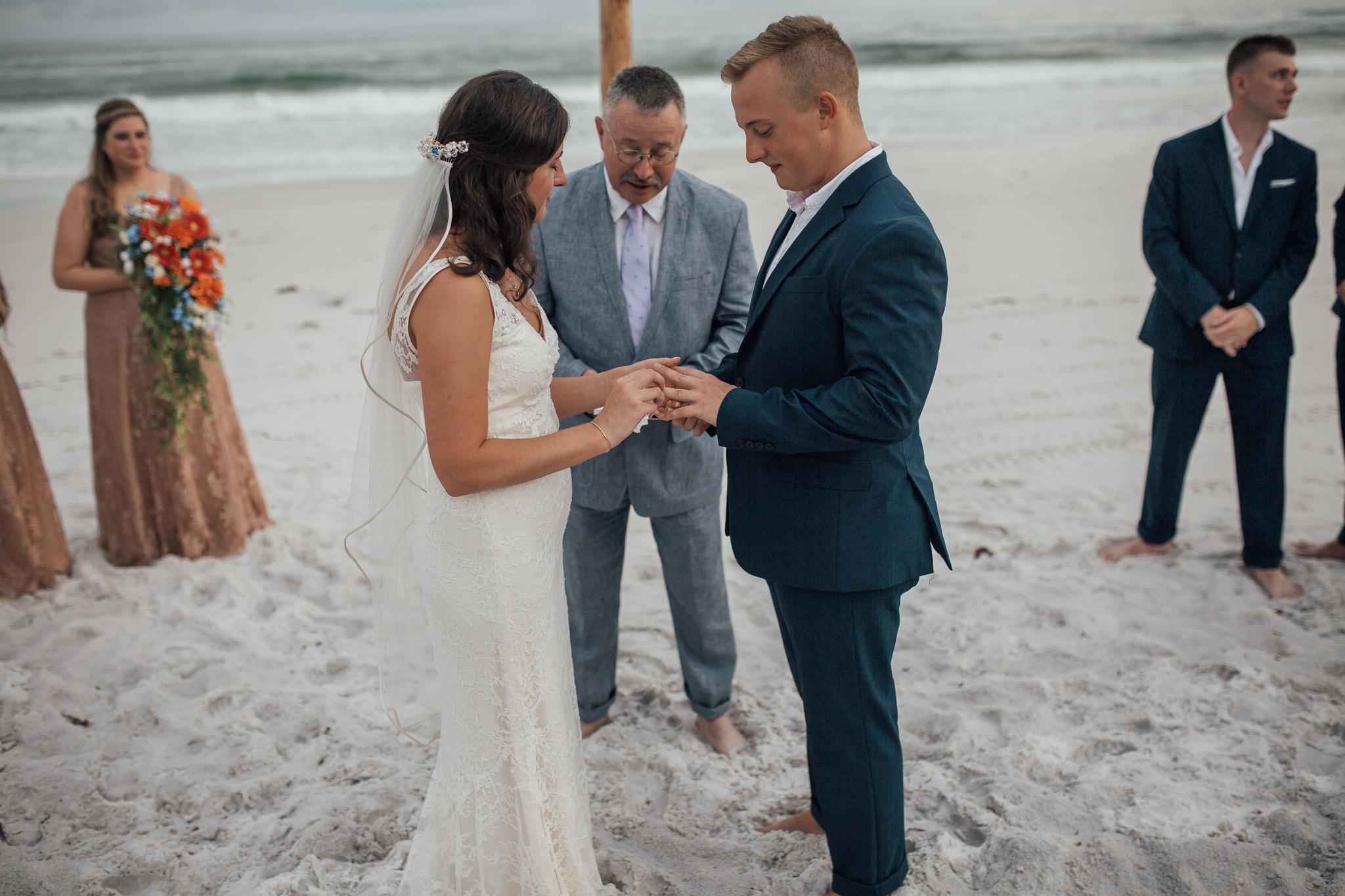 cassie-cook-photography-santa-rosa-beach-wedding-farrar-wedding-70.jpg