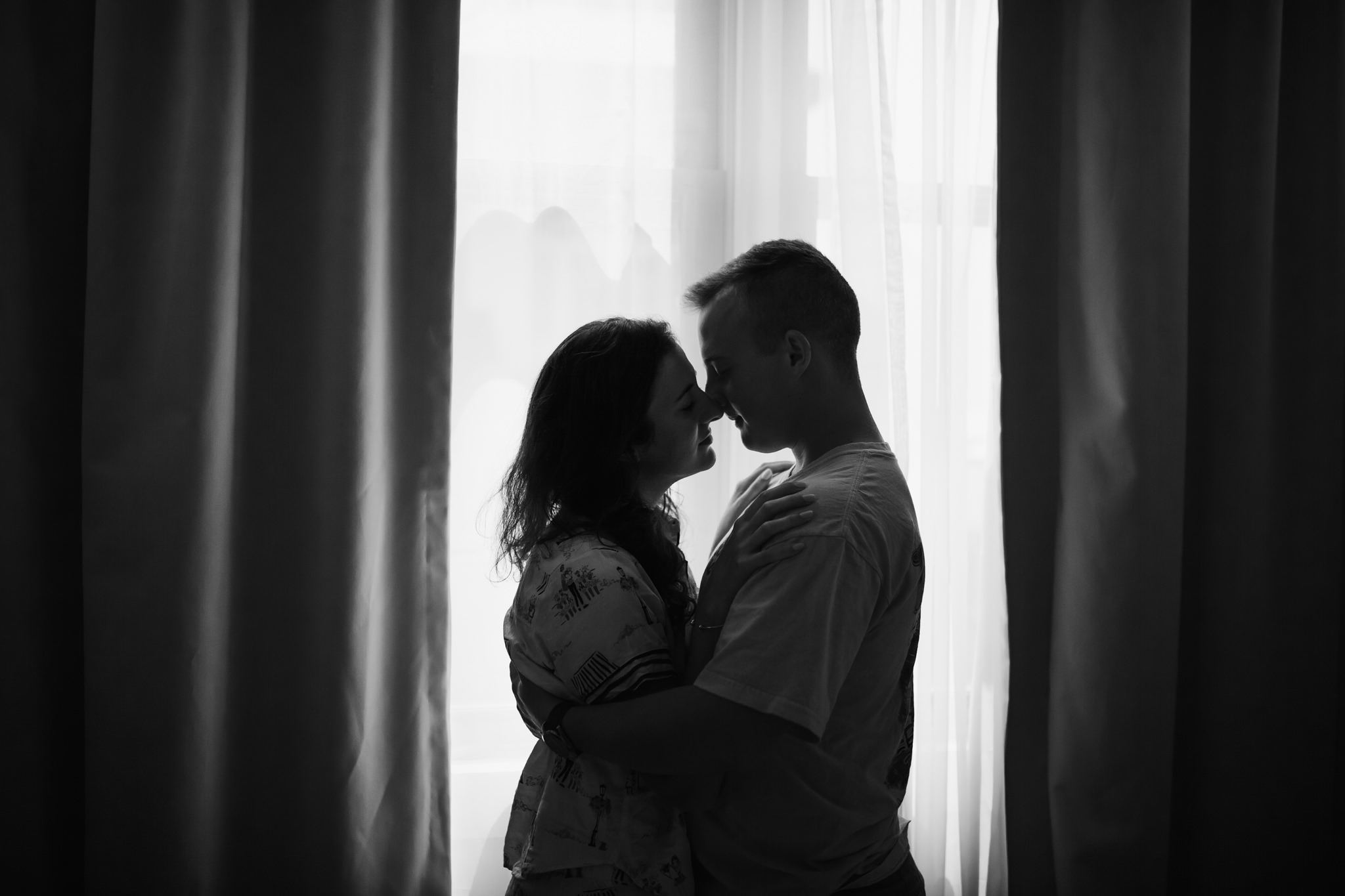 in-home-session-newlyweds-cassie-cook-photography-rosemary-beach-36.jpg