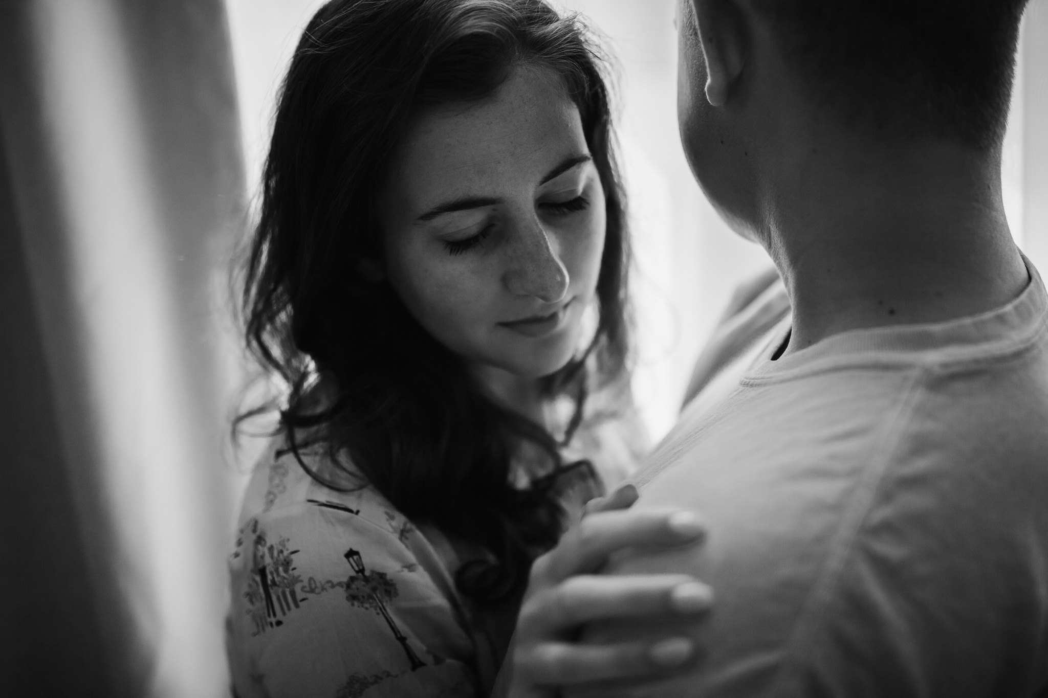in-home-session-newlyweds-cassie-cook-photography-rosemary-beach-37.jpg