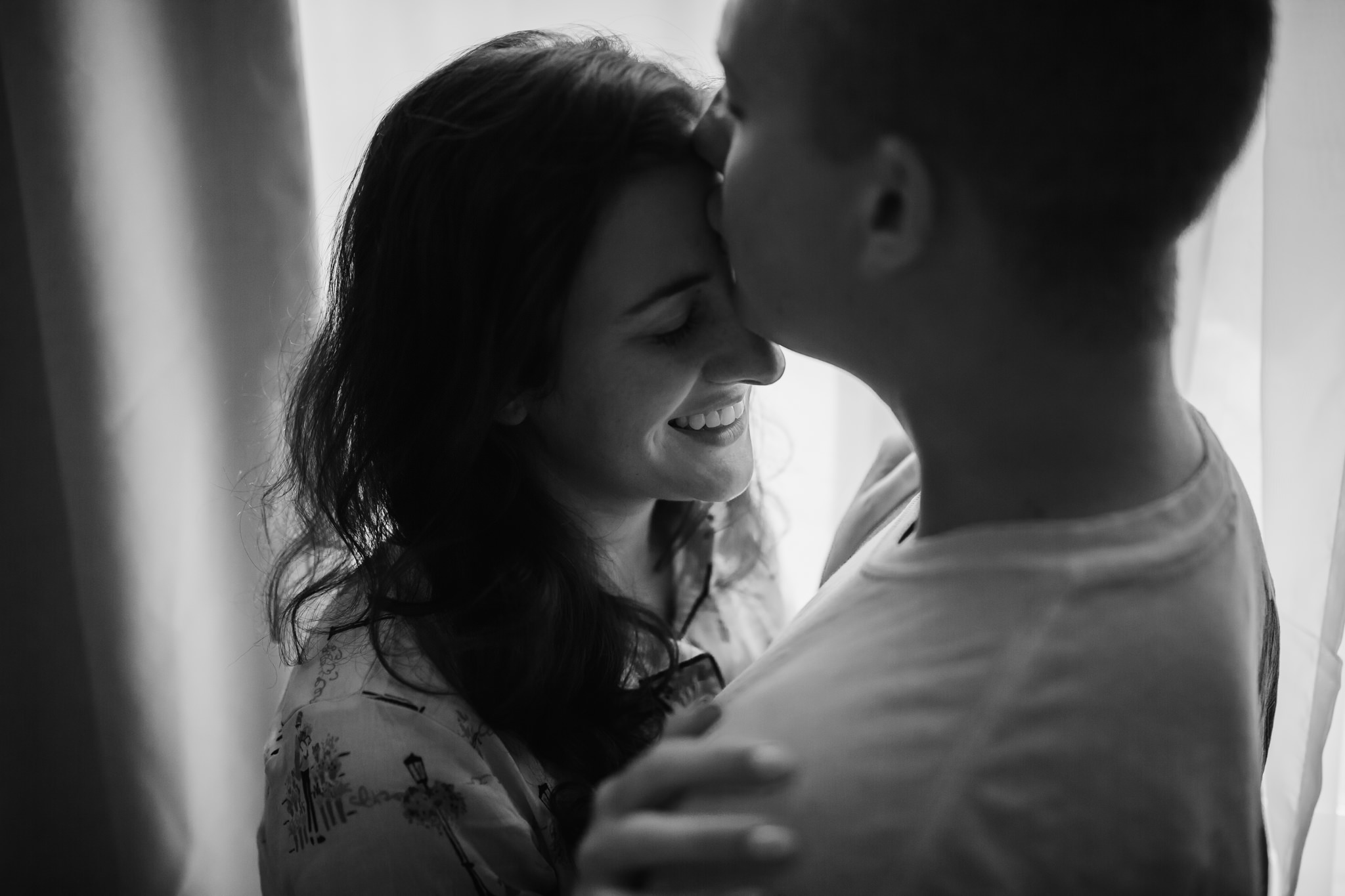 in-home-session-newlyweds-cassie-cook-photography-rosemary-beach-39.jpg