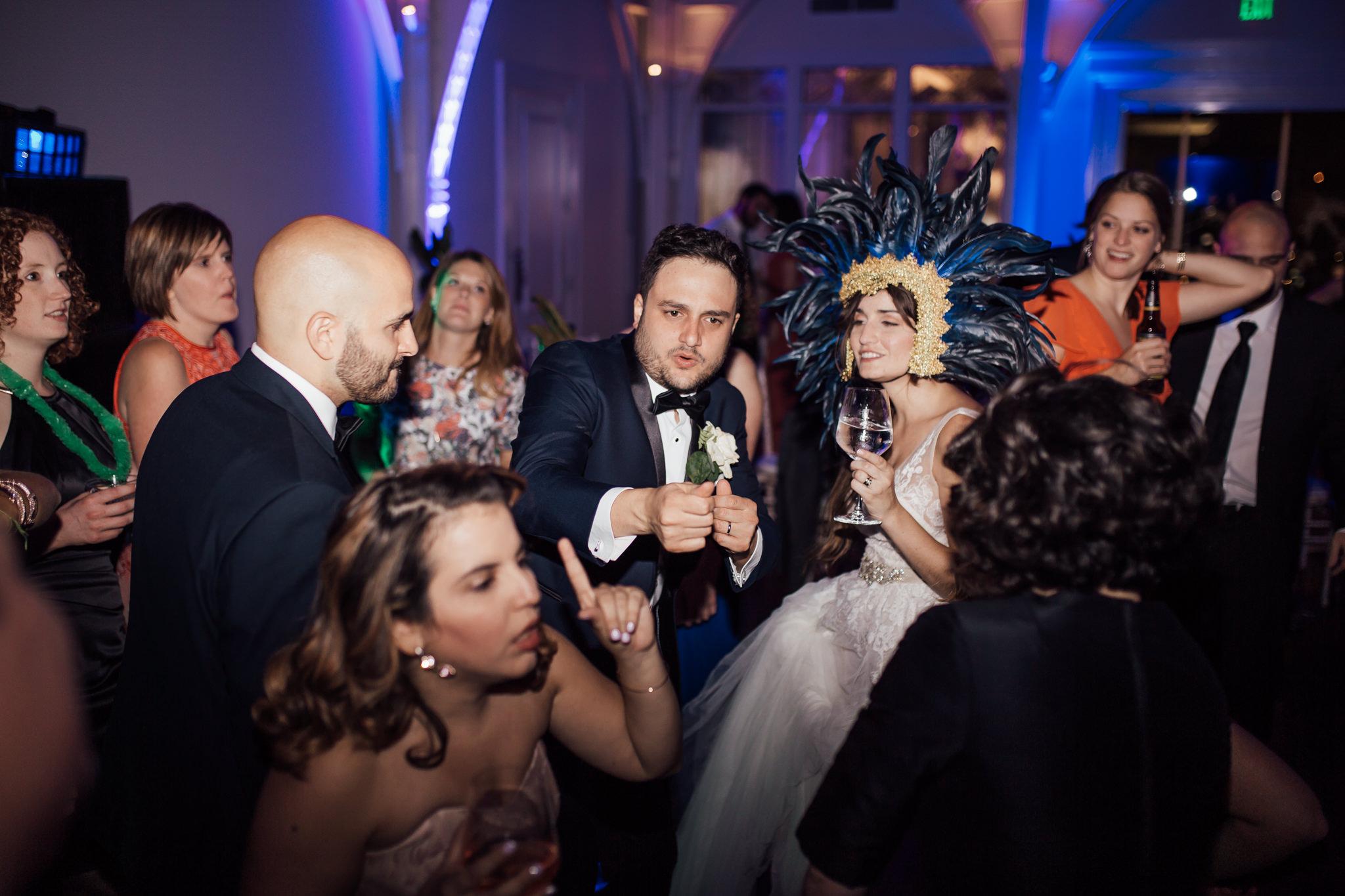 cassie-cook-photography-memphis-wedding-photographer-the-atrium-at-overton-square-55.jpg