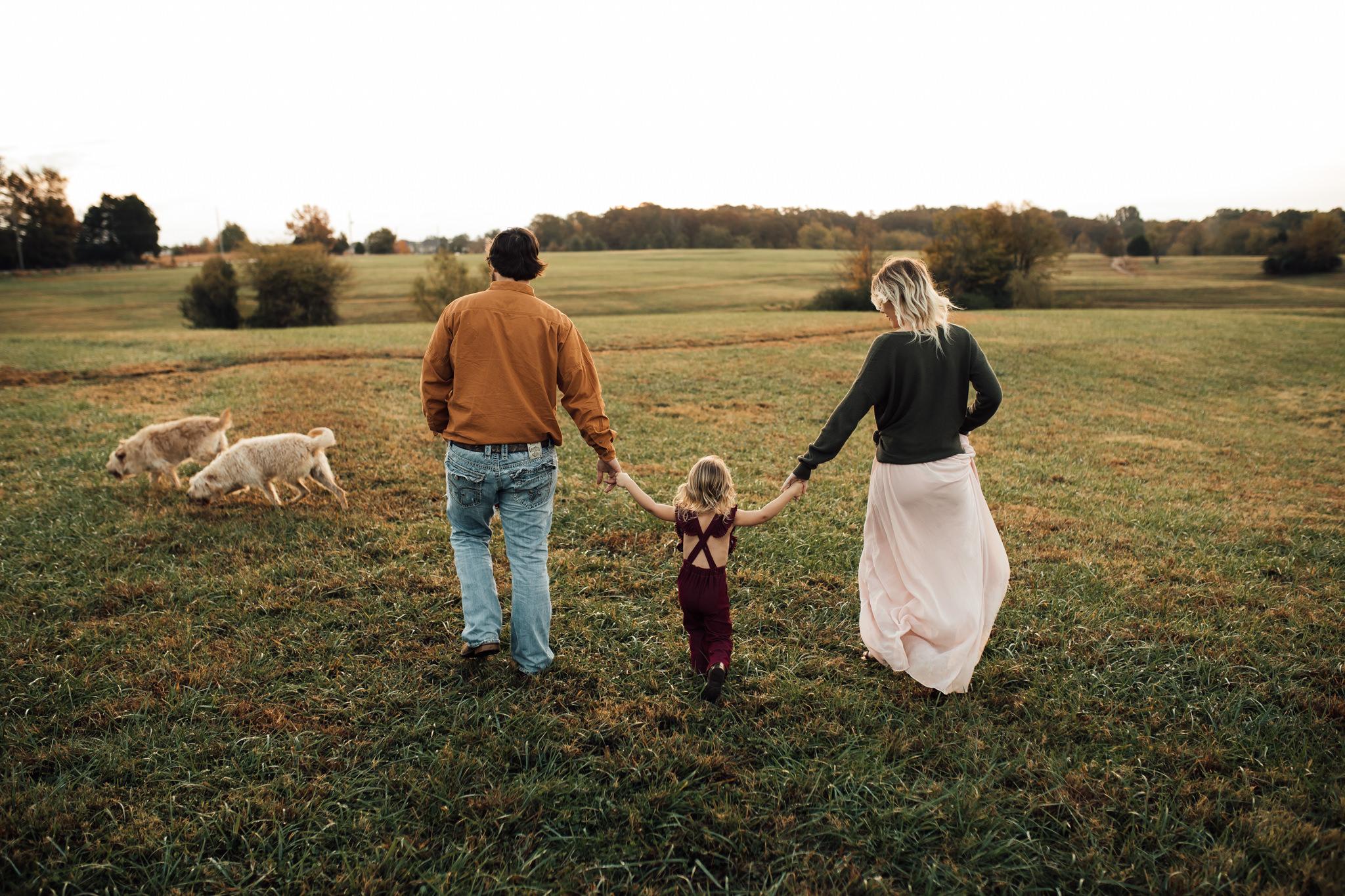 cassie-cook-photography-memphis-family-photographer-lifestyle-family-photographer-sunrise-gray-family-5.jpg