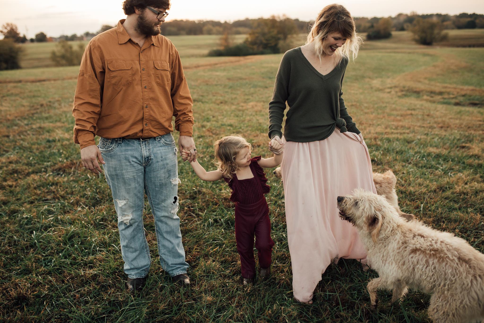 cassie-cook-photography-memphis-family-photographer-lifestyle-family-photographer-sunrise-gray-family-8.jpg