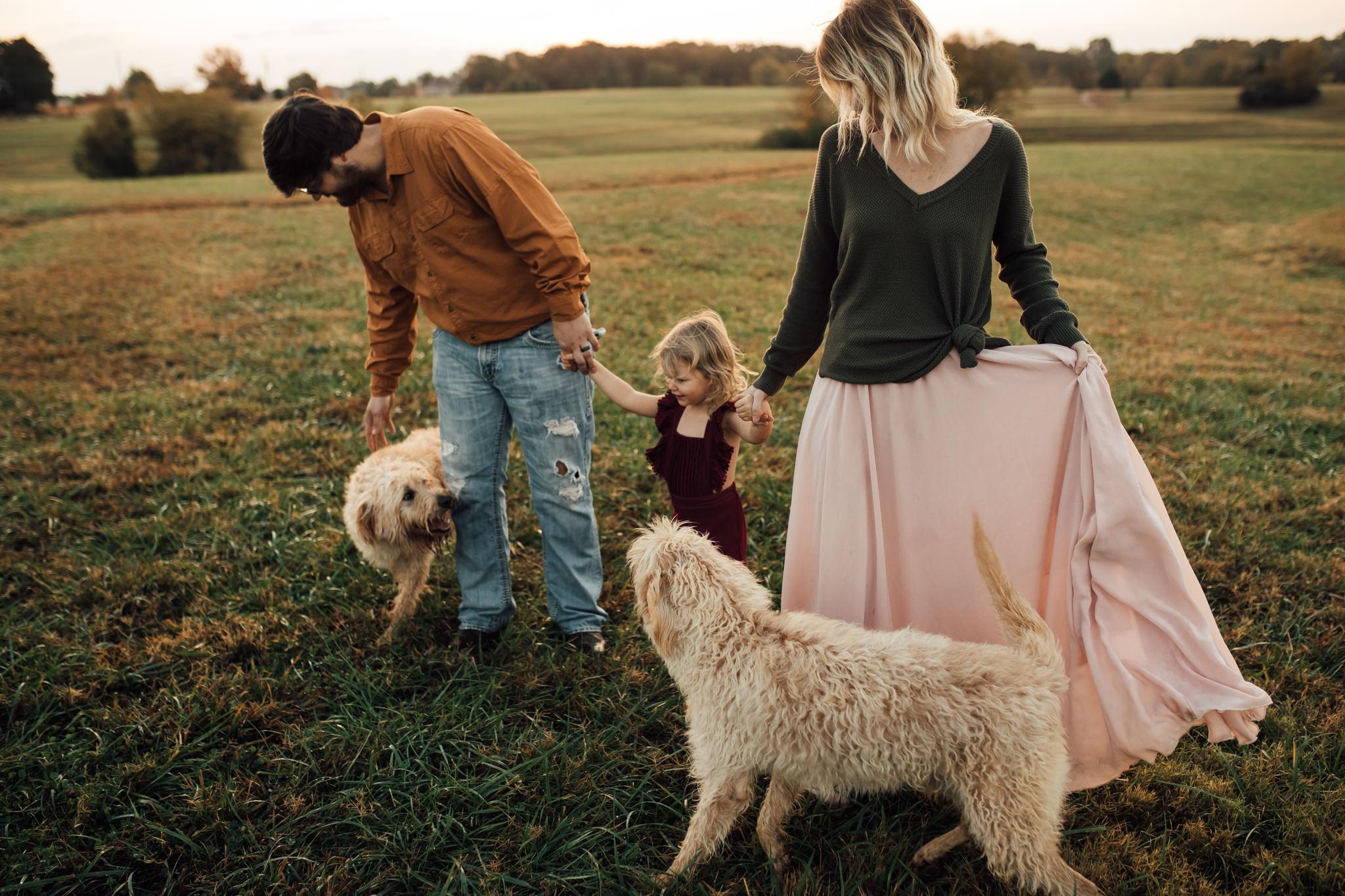 cassie-cook-photography-memphis-family-photographer-lifestyle-family-photographer-sunrise-gray-family-10.jpg