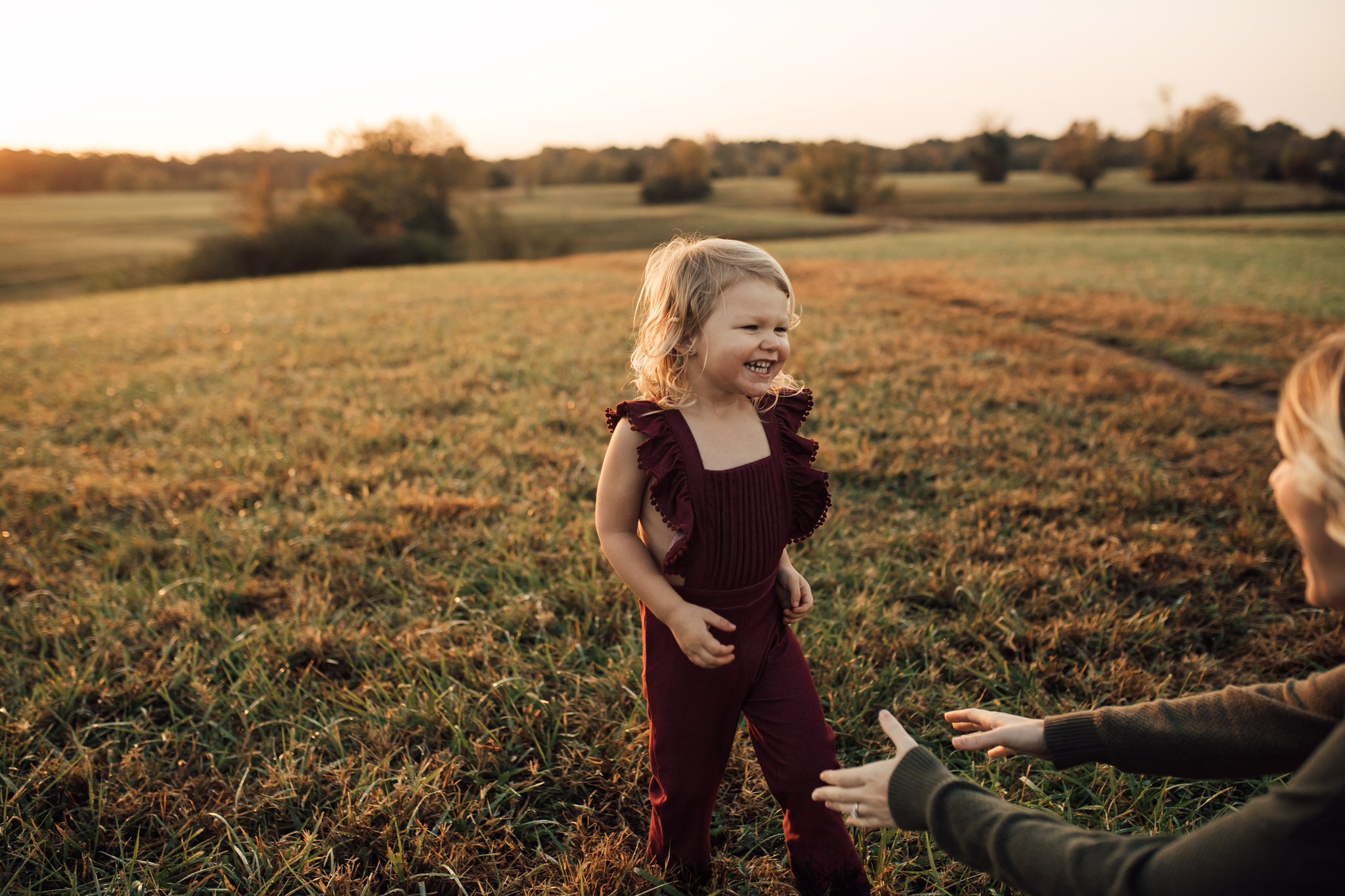 cassie-cook-photography-memphis-family-photographer-lifestyle-family-photographer-sunrise-gray-family-18.jpg