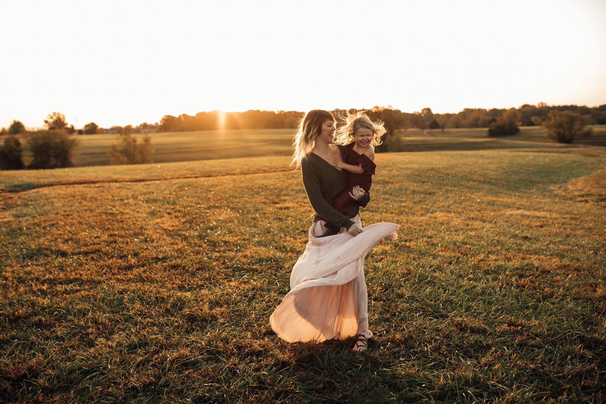 cassie-cook-photography-memphis-family-photographer-lifestyle-family-photographer-sunrise-gray-family-27.jpg