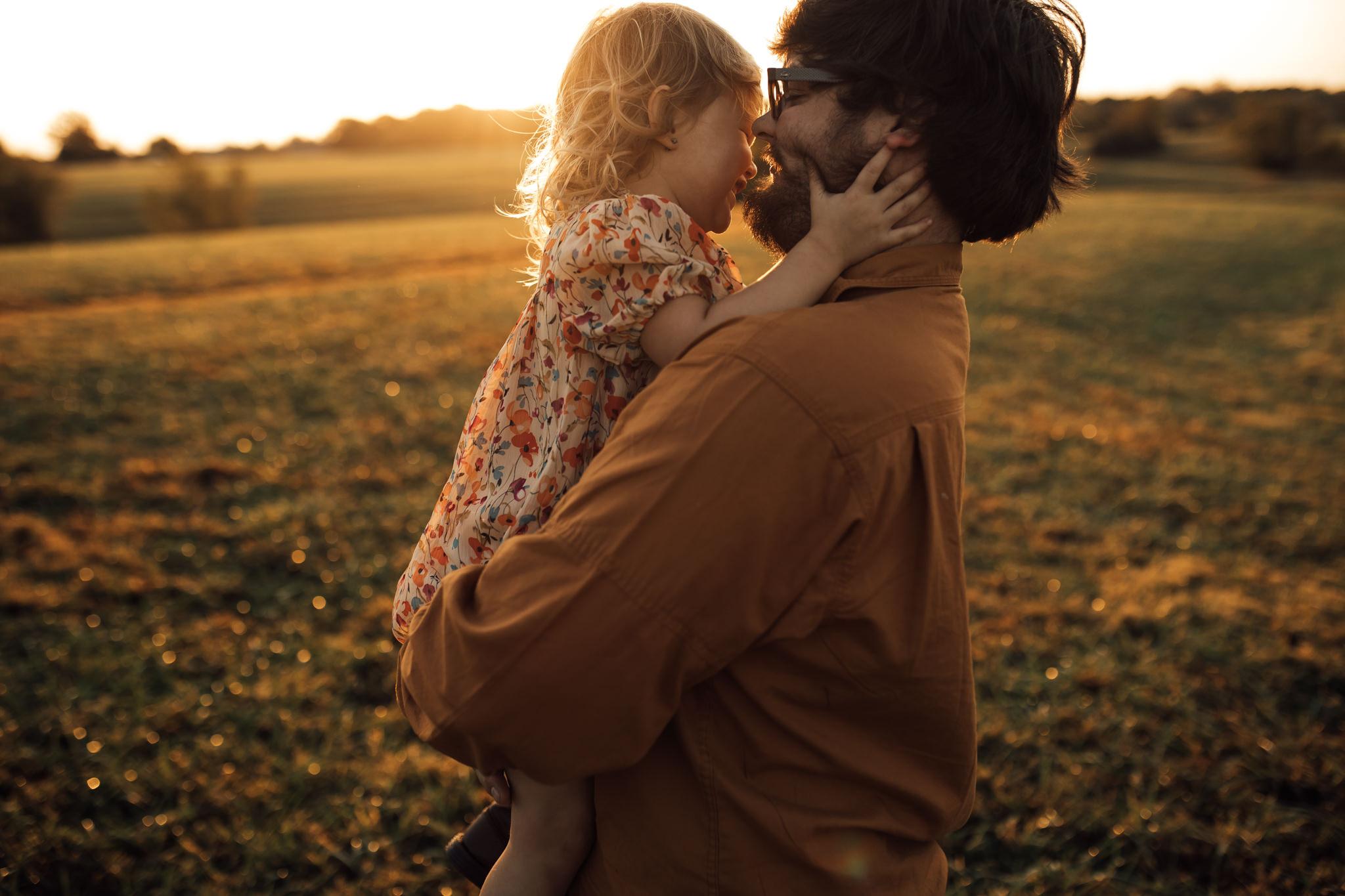 cassie-cook-photography-memphis-family-photographer-lifestyle-family-photographer-sunrise-gray-family-28.jpg