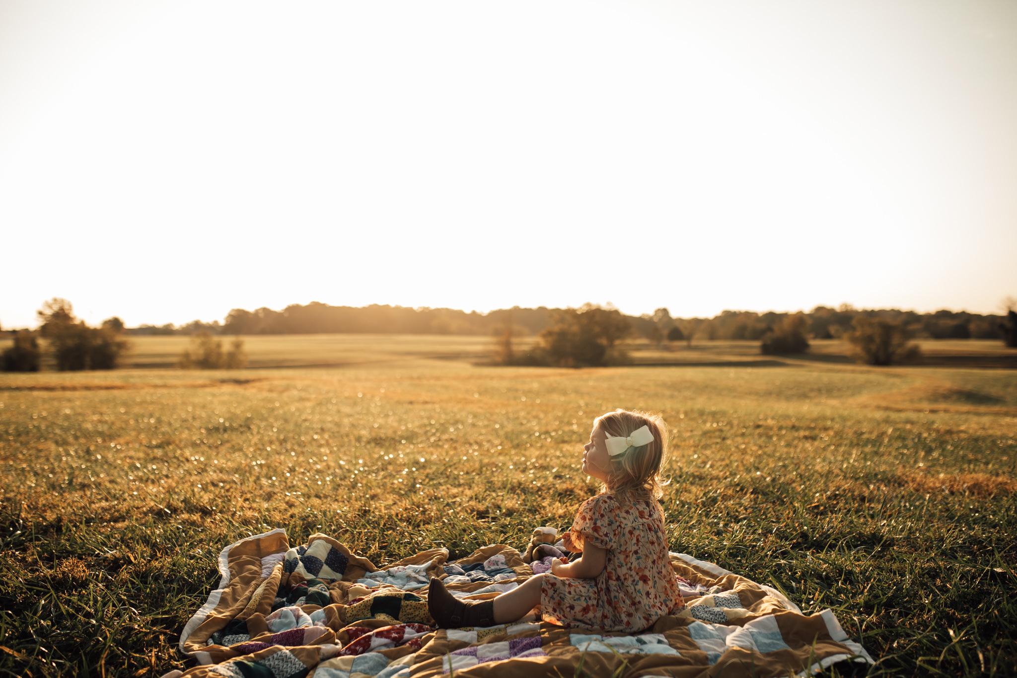 cassie-cook-photography-memphis-family-photographer-lifestyle-family-photographer-sunrise-gray-family-61.jpg