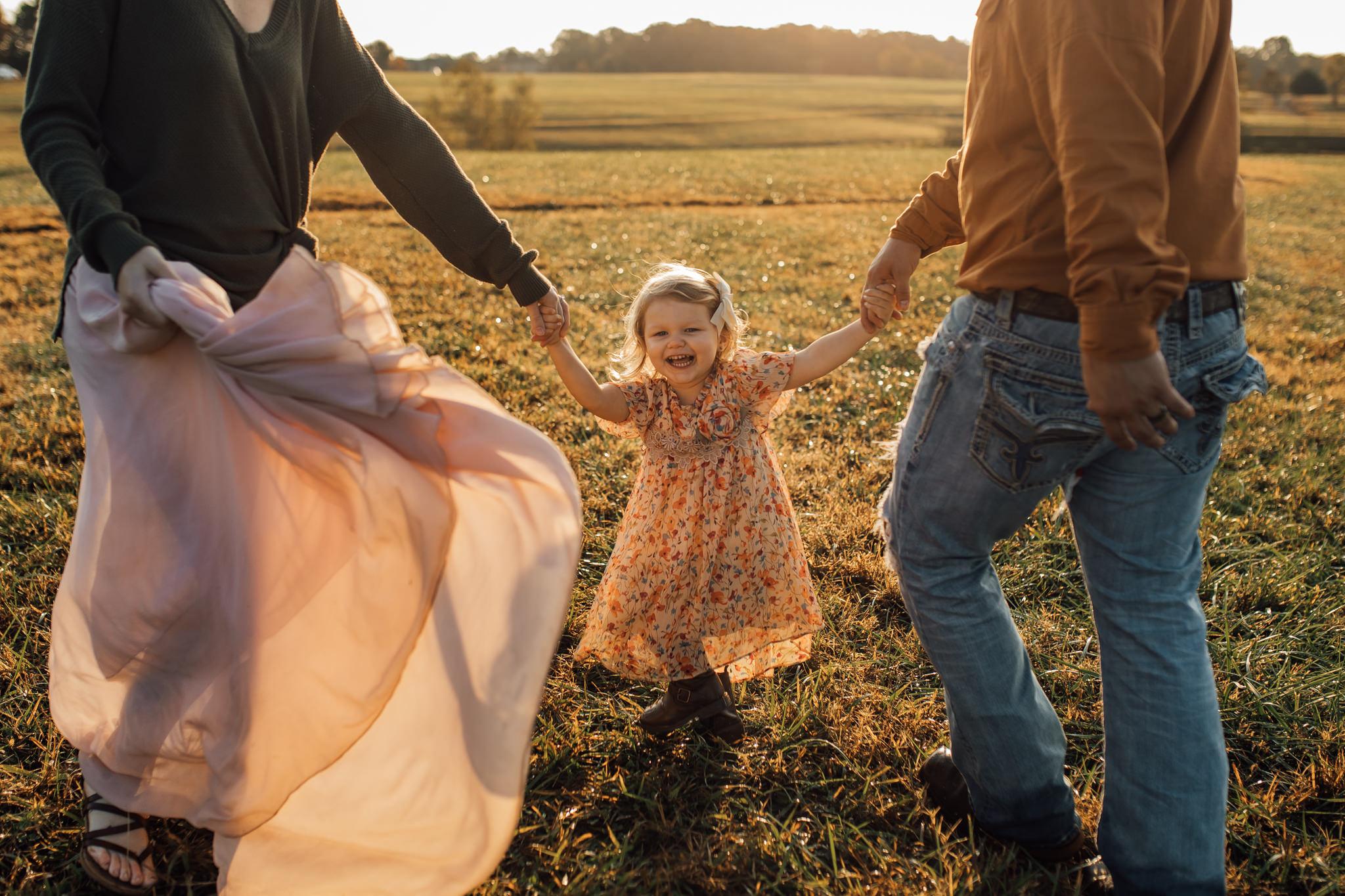cassie-cook-photography-memphis-family-photographer-lifestyle-family-photographer-sunrise-gray-family-66.jpg