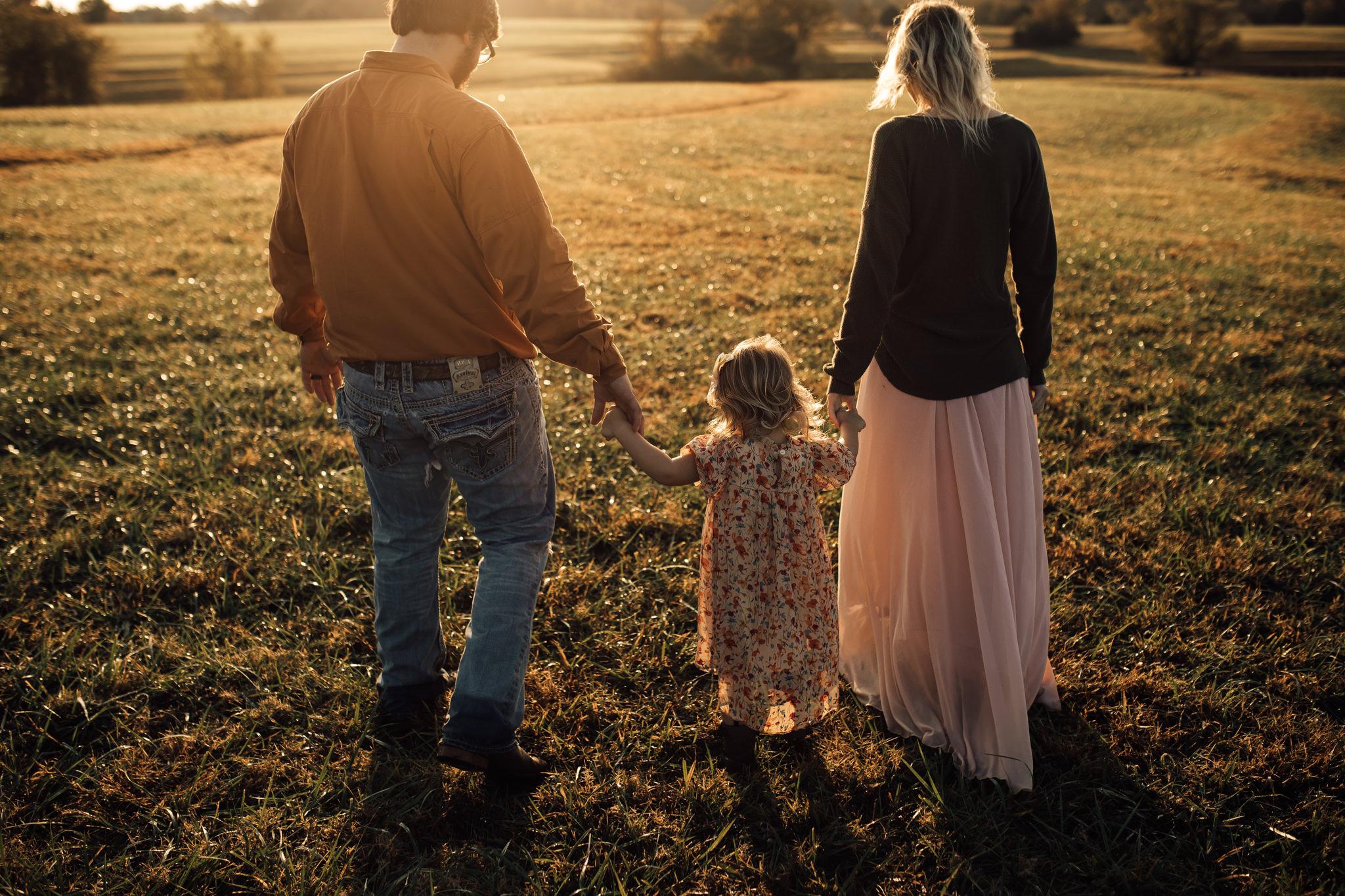 cassie-cook-photography-memphis-family-photographer-lifestyle-family-photographer-sunrise-gray-family-62.jpg