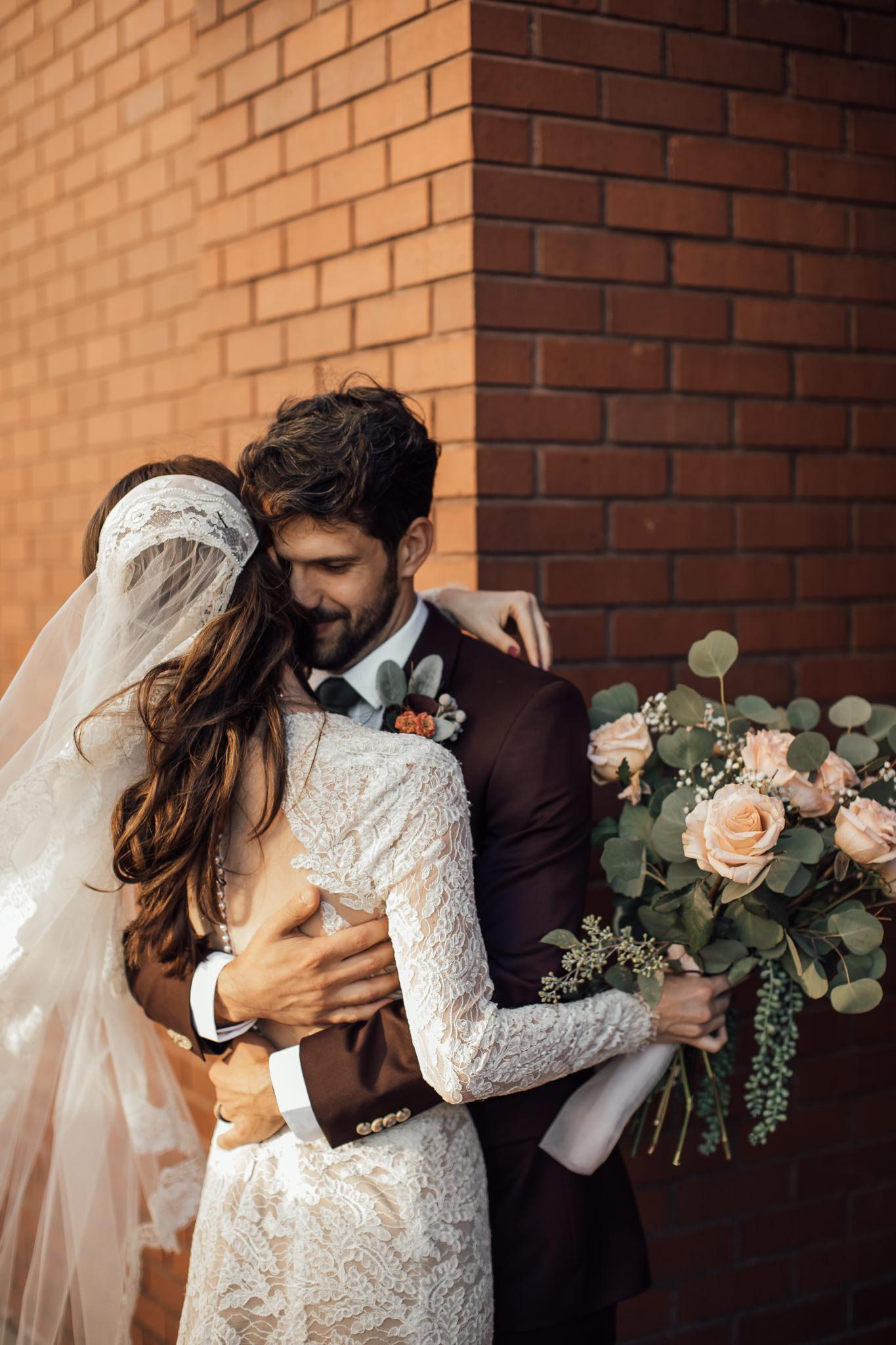 cassie-cook-photography-chattanooga-wedding-photographer-waterhouse-pavillion-cassie-matt-wedding-91.jpg