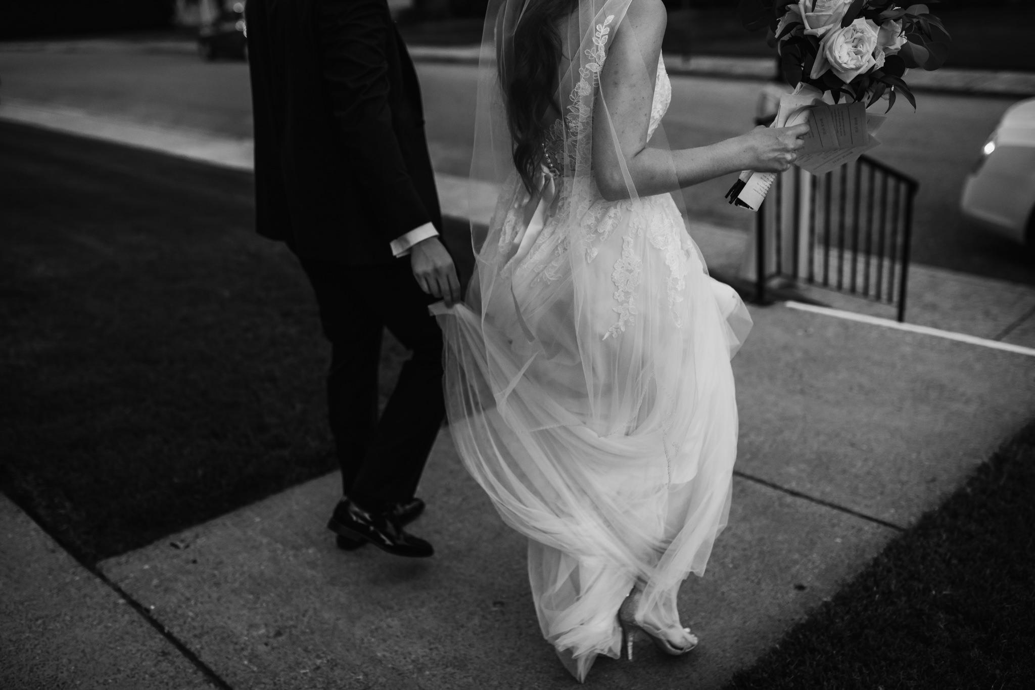 cassie-cook-photography-memphis-wedding-photographer-the-atrium-at-overton-square-73.jpg
