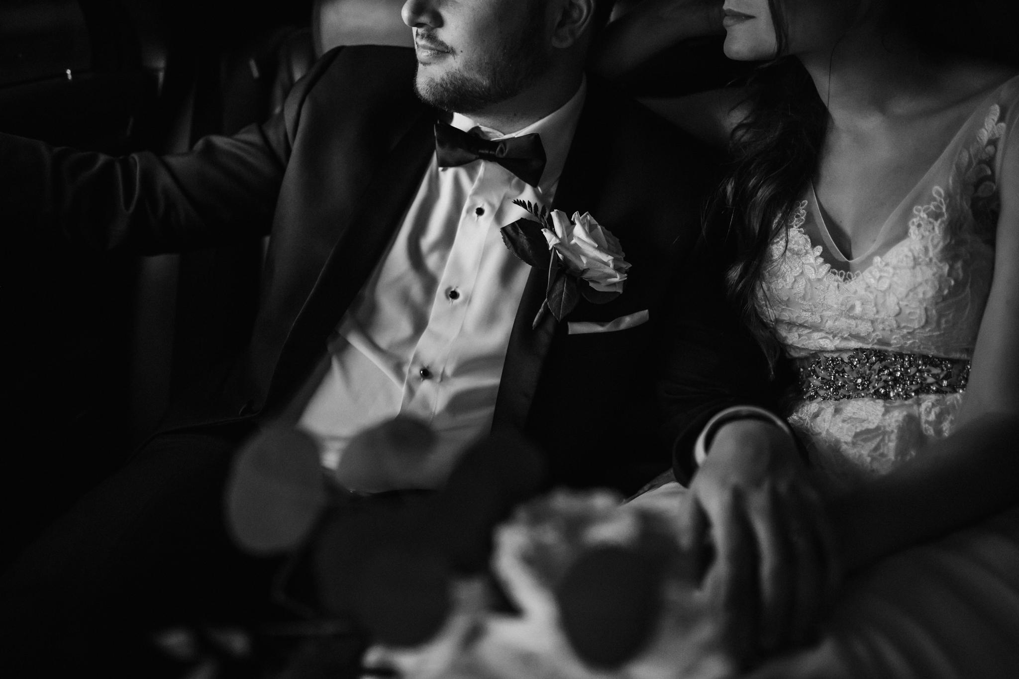cassie-cook-photography-memphis-wedding-photographer-the-atrium-at-overton-square-78.jpg