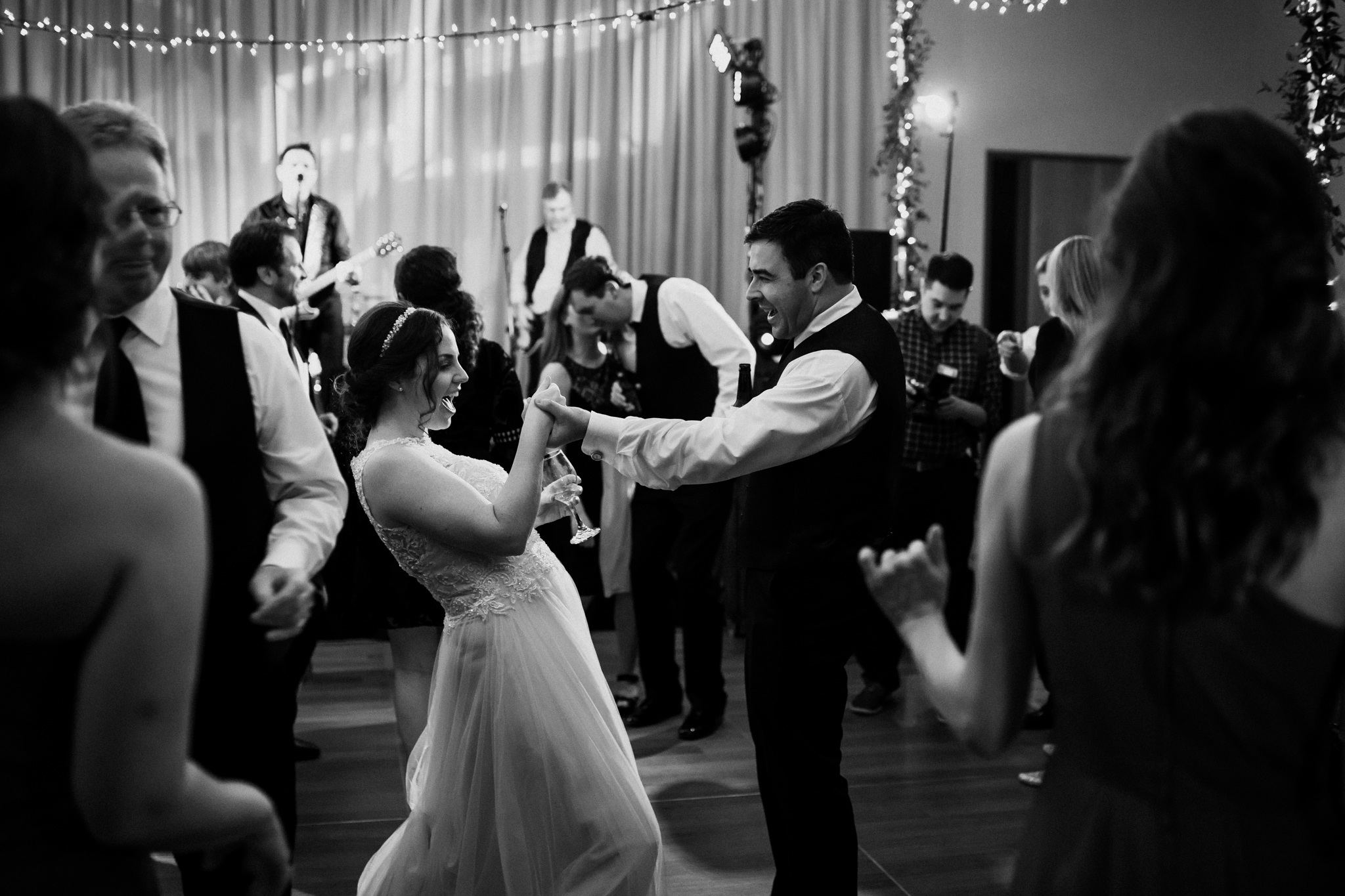memphis-wedding-photographers-the-warmth-around-you-cassie-cook-photography (6 of 8).jpg