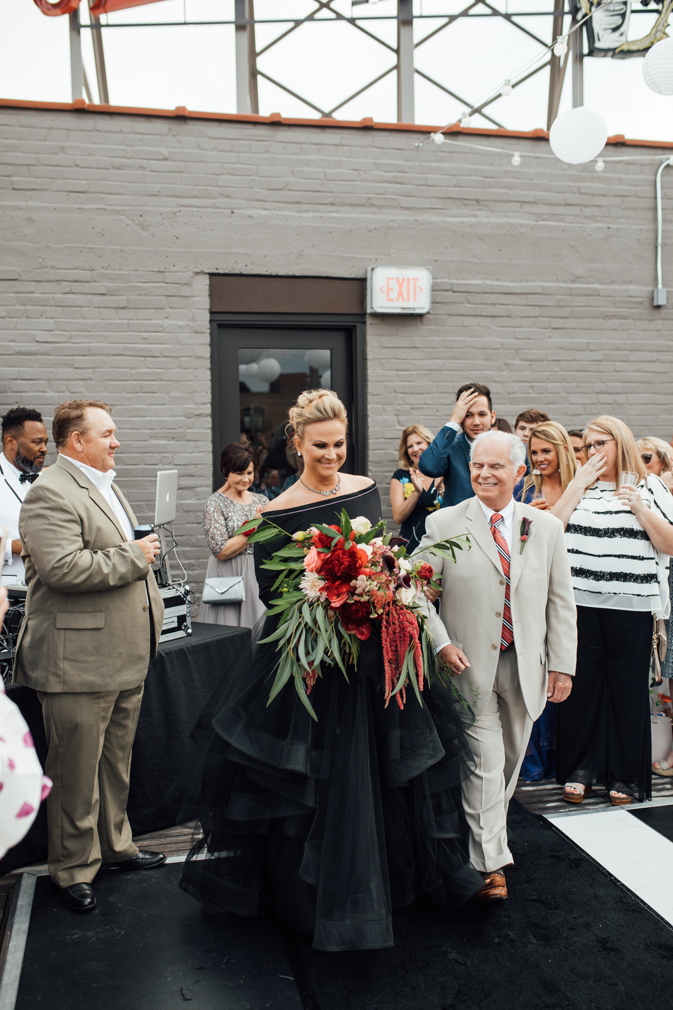 thewarmtharoundyou-old-dominicks-distillery-downtown-rooftop-wedding-memphis (104 of 281).jpg