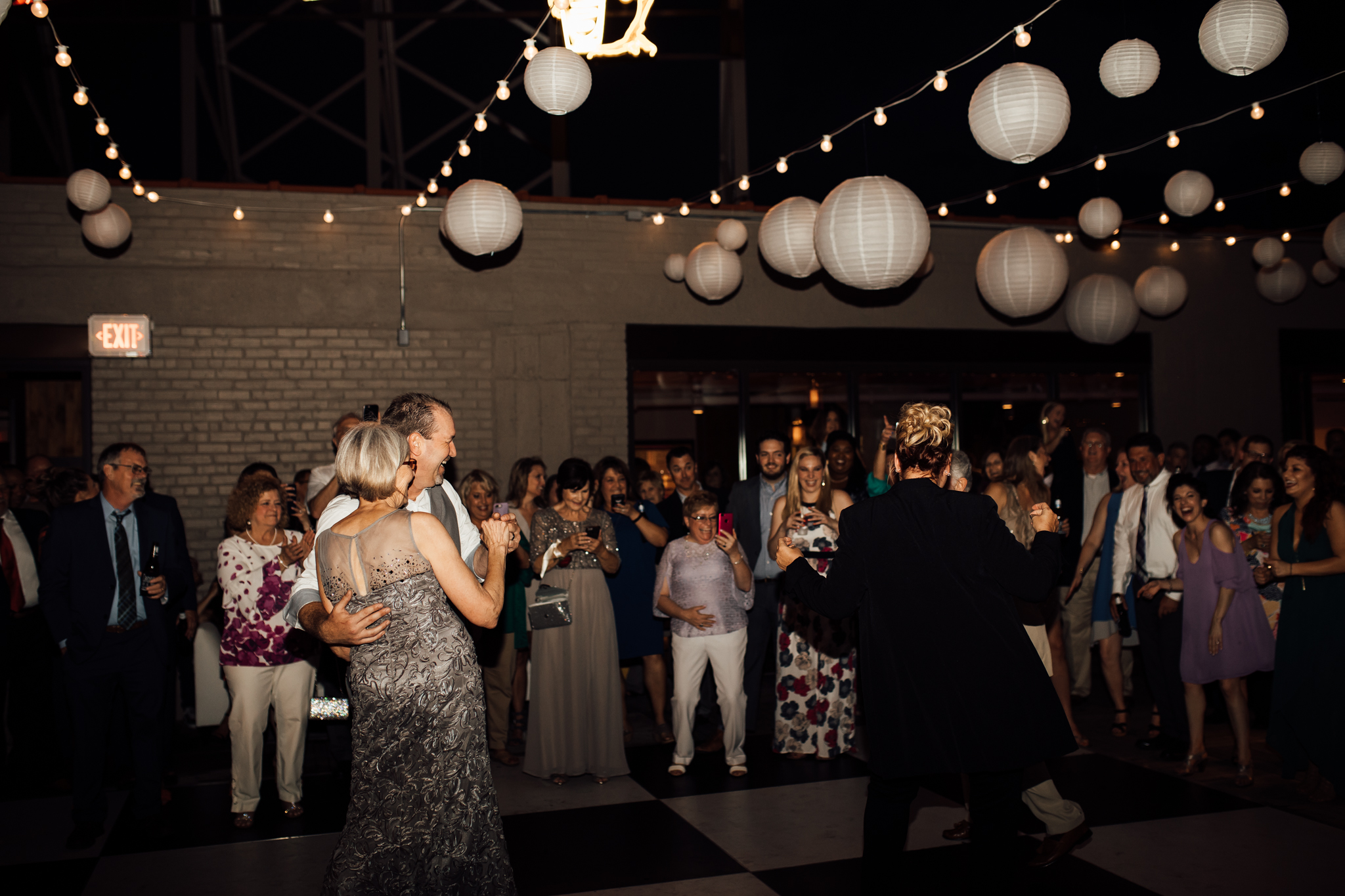 thewarmtharoundyou-old-dominicks-distillery-downtown-rooftop-wedding-memphis (198 of 281).jpg