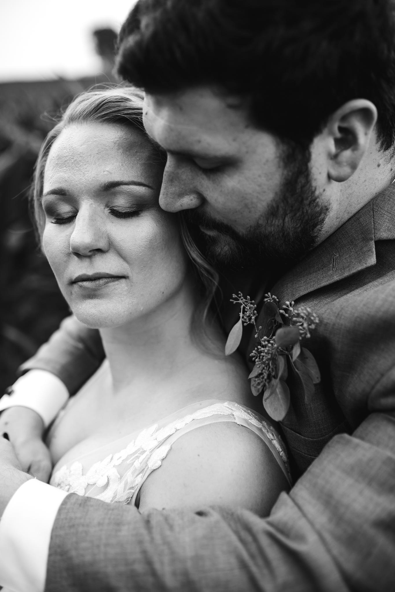 thewarmtharoundyou-wildwood-mckenzie-tn-wedding-memphis-wedding-photographers (84 of 94).jpg