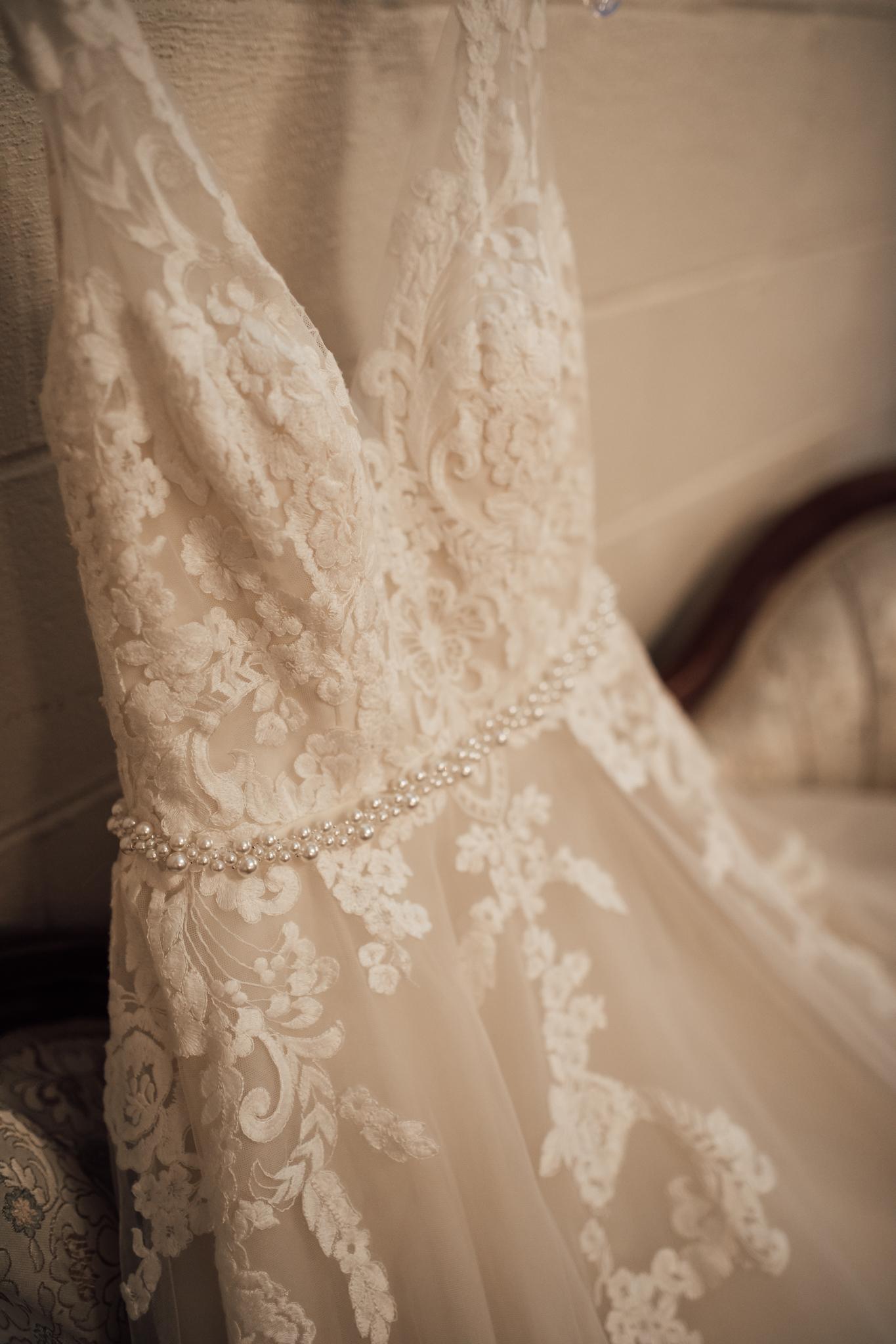 thewarmtharoundyou-wildwood-mckenzie-tn-wedding-memphis-wedding-photographers (31 of 264).jpg
