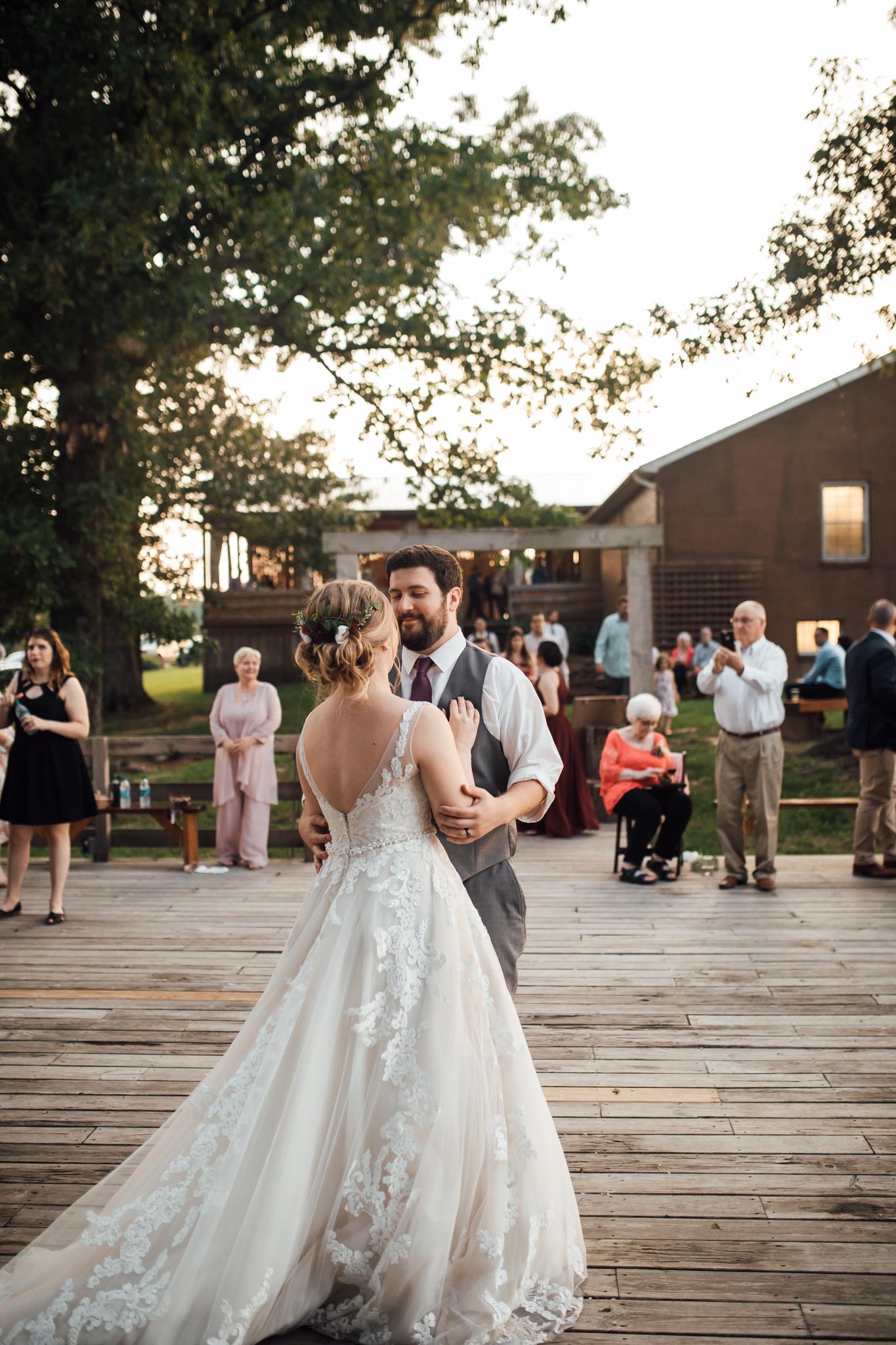 thewarmtharoundyou-wildwood-mckenzie-tn-wedding-memphis-wedding-photographers (249 of 264).jpg