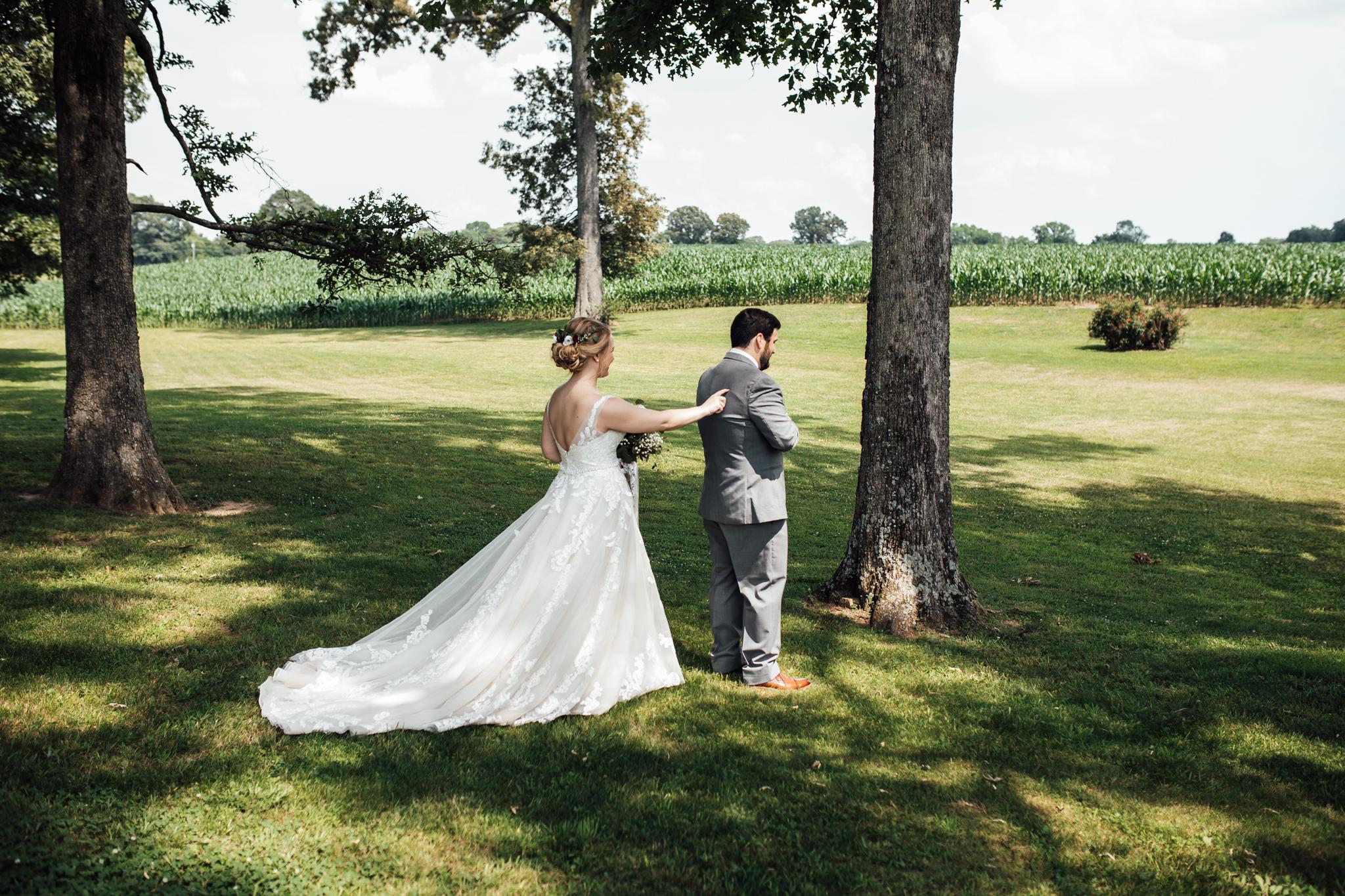 thewarmtharoundyou-wildwood-mckenzie-tn-wedding-memphis-wedding-photographers (59 of 264).jpg