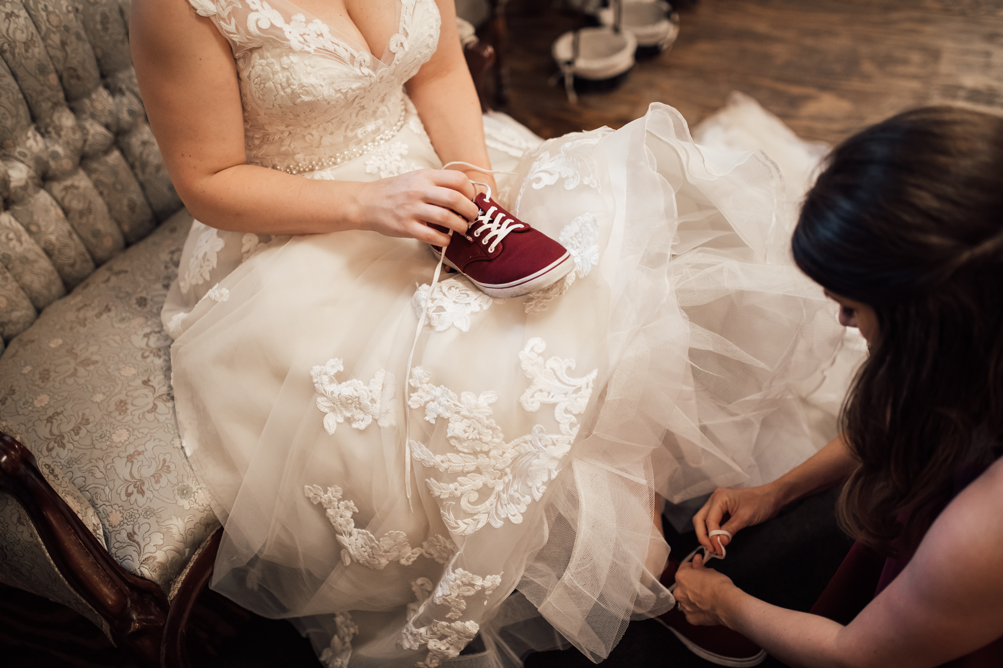 thewarmtharoundyou-wildwood-mckenzie-tn-wedding-memphis-wedding-photographers (55 of 264).jpg