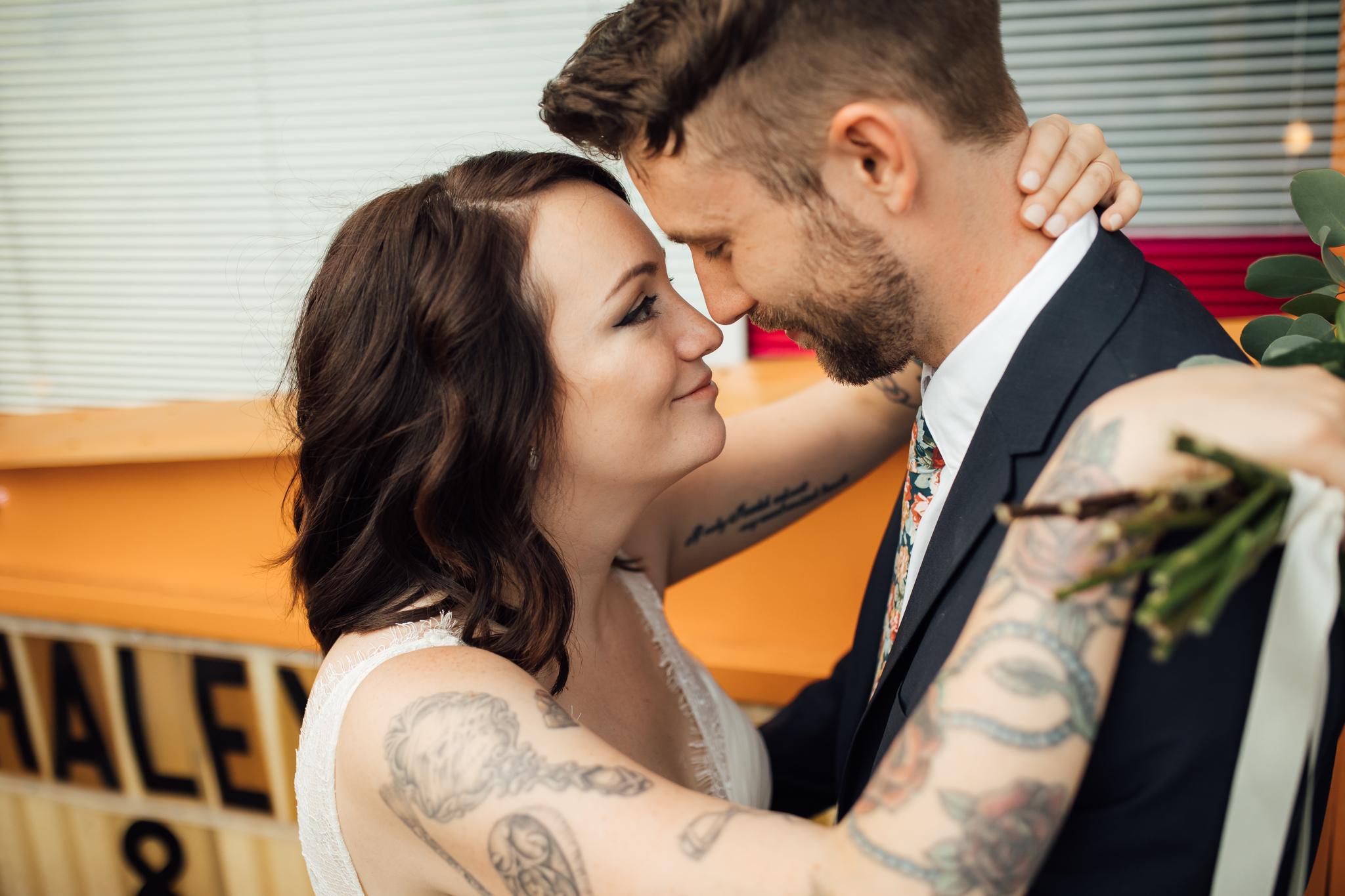 thewarmtharoundyou-amurica-studio-wedding-colorful-unique-wedding (210 of 46).jpg