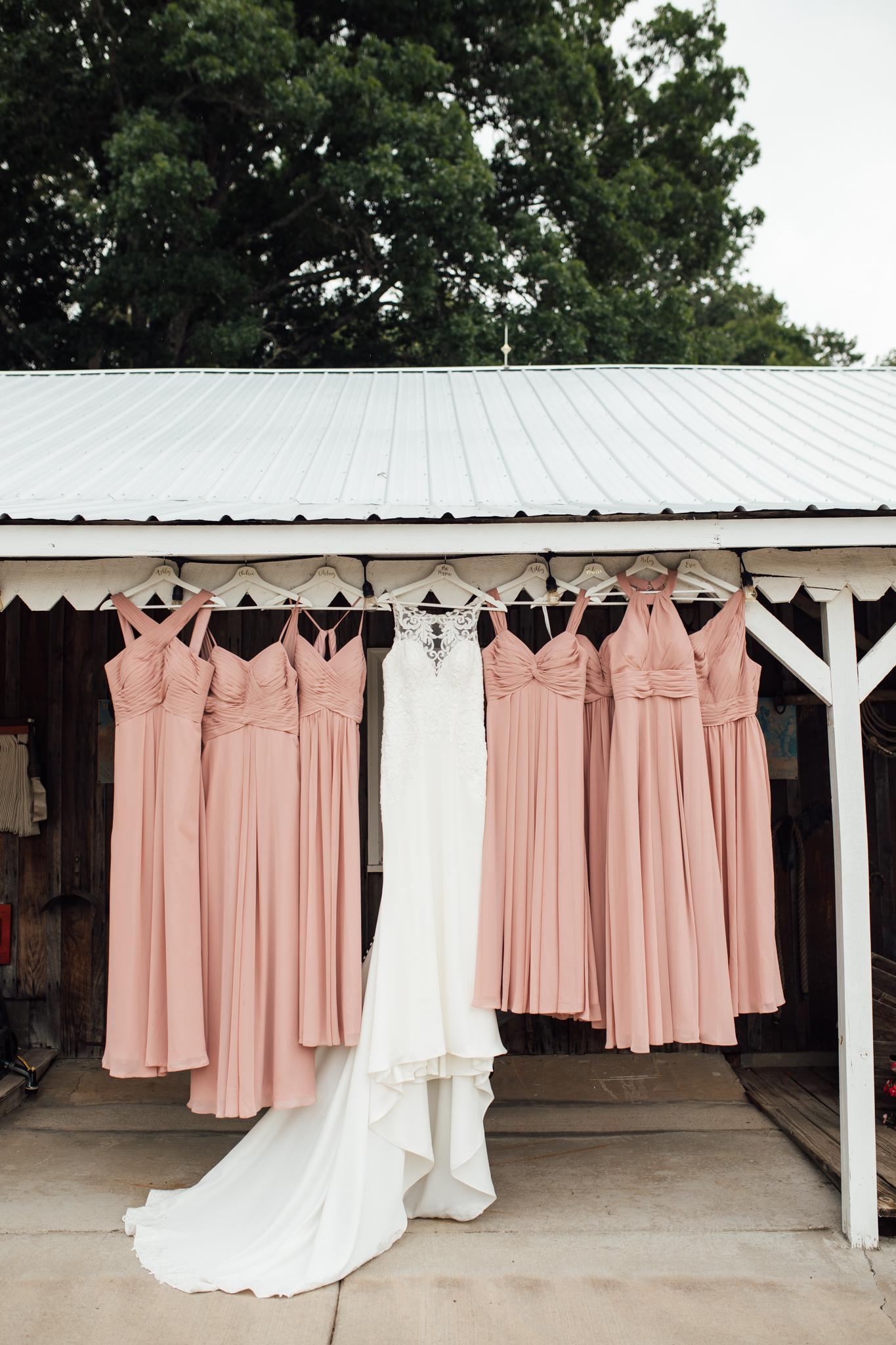 thewarmtharoundyou-murfreesboro-wedding-photographer-saddlewoodsfarms (23 of 125).jpg