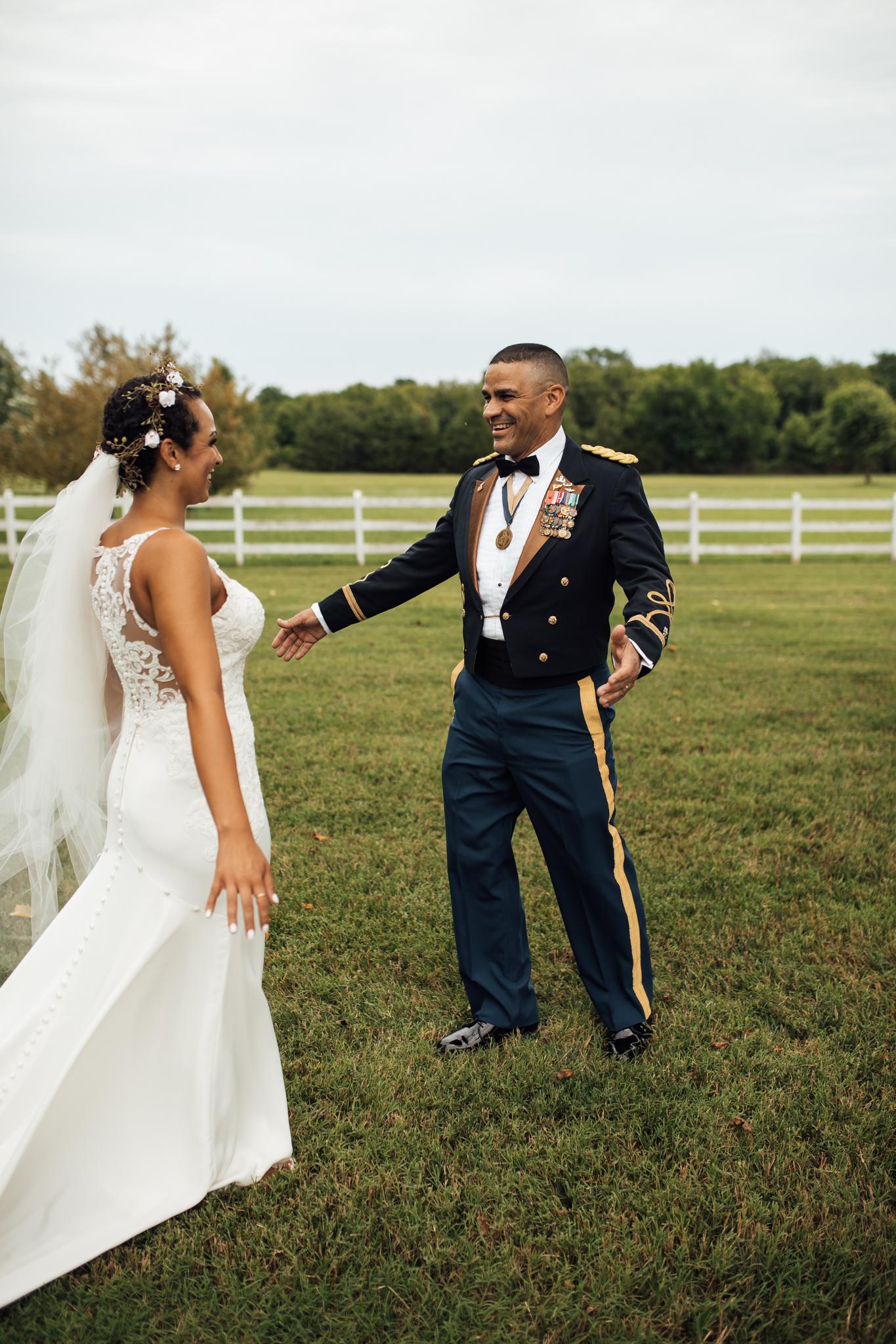 thewarmtharoundyou-murfreesboro-wedding-photographer-saddlewoodsfarms (62 of 125).jpg