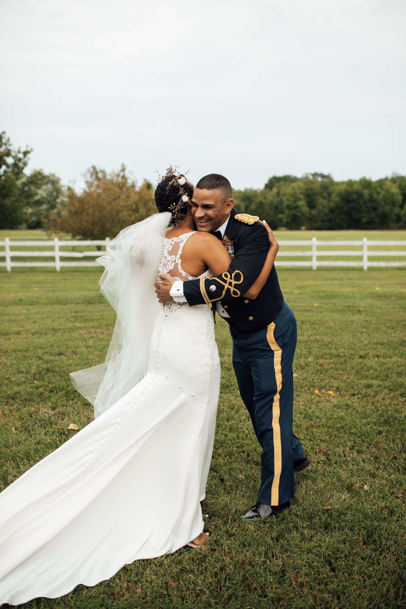 thewarmtharoundyou-murfreesboro-wedding-photographer-saddlewoodsfarms (64 of 125).jpg