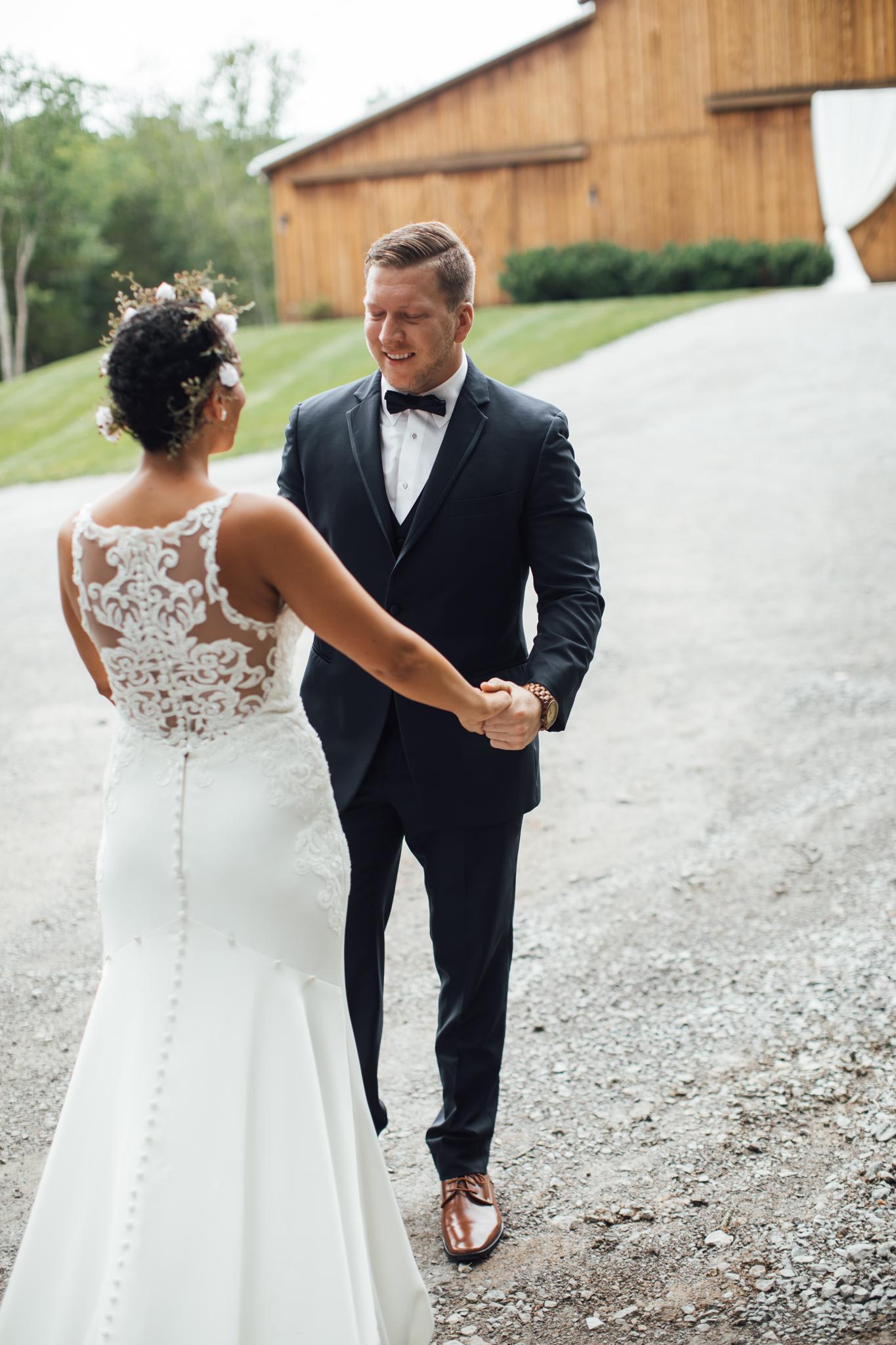 thewarmtharoundyou-murfreesboro-wedding-photographer-saddlewoodsfarms (74 of 125).jpg