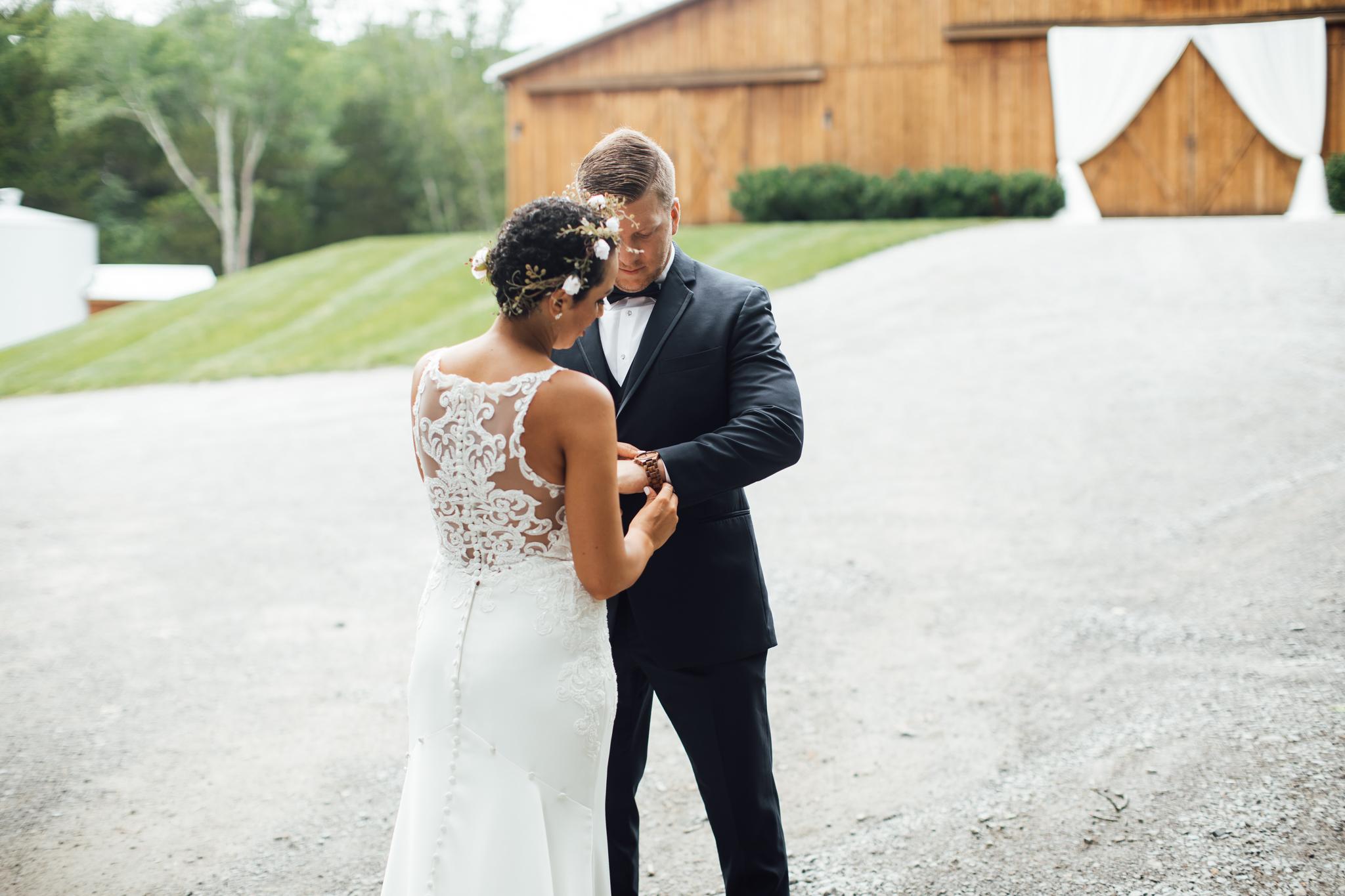 thewarmtharoundyou-murfreesboro-wedding-photographer-saddlewoodsfarms (78 of 125).jpg