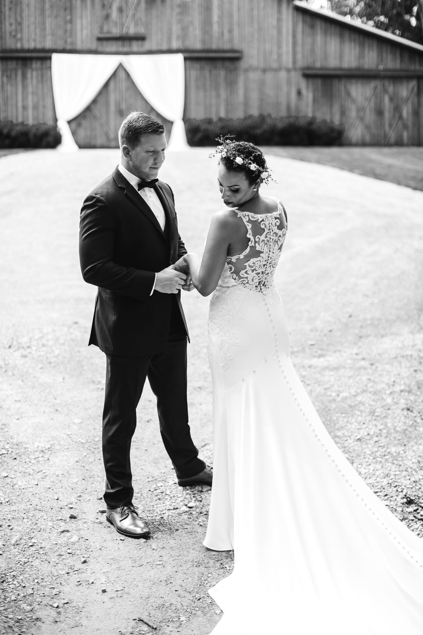 thewarmtharoundyou-murfreesboro-wedding-photographer-saddlewoodsfarms (82 of 125).jpg