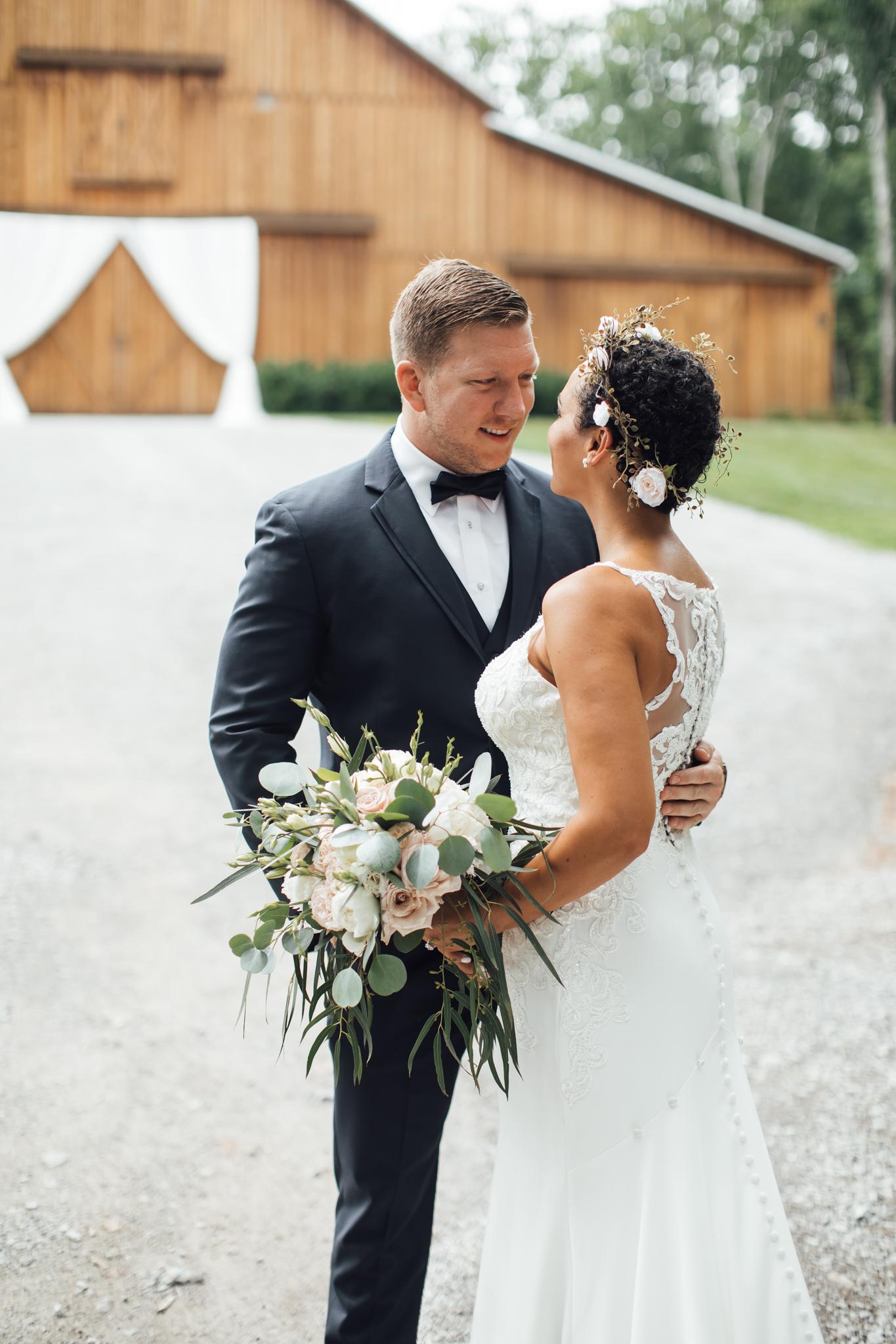 thewarmtharoundyou-murfreesboro-wedding-photographer-saddlewoodsfarms (84 of 125).jpg