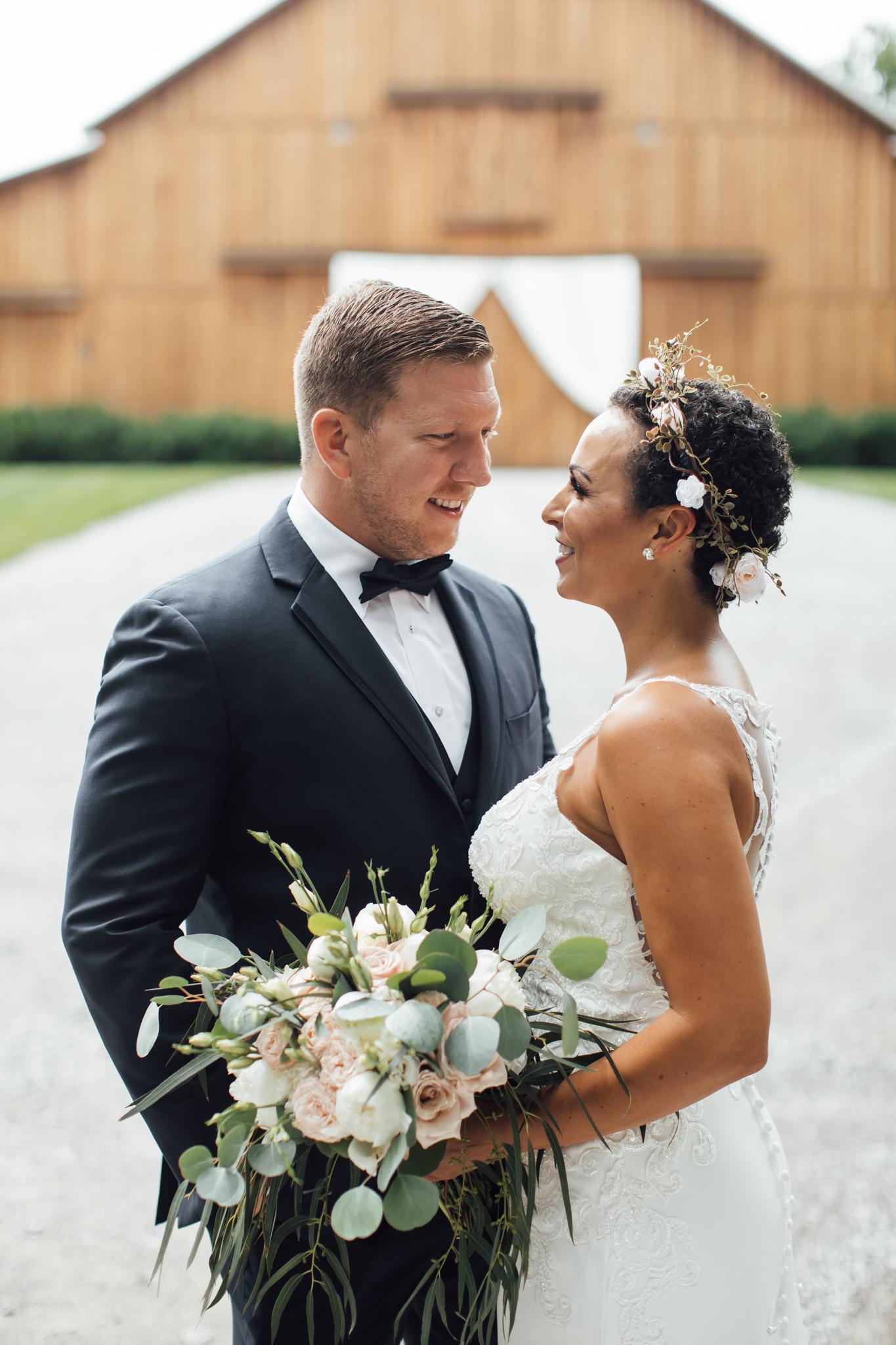 thewarmtharoundyou-murfreesboro-wedding-photographer-saddlewoodsfarms (89 of 125).jpg