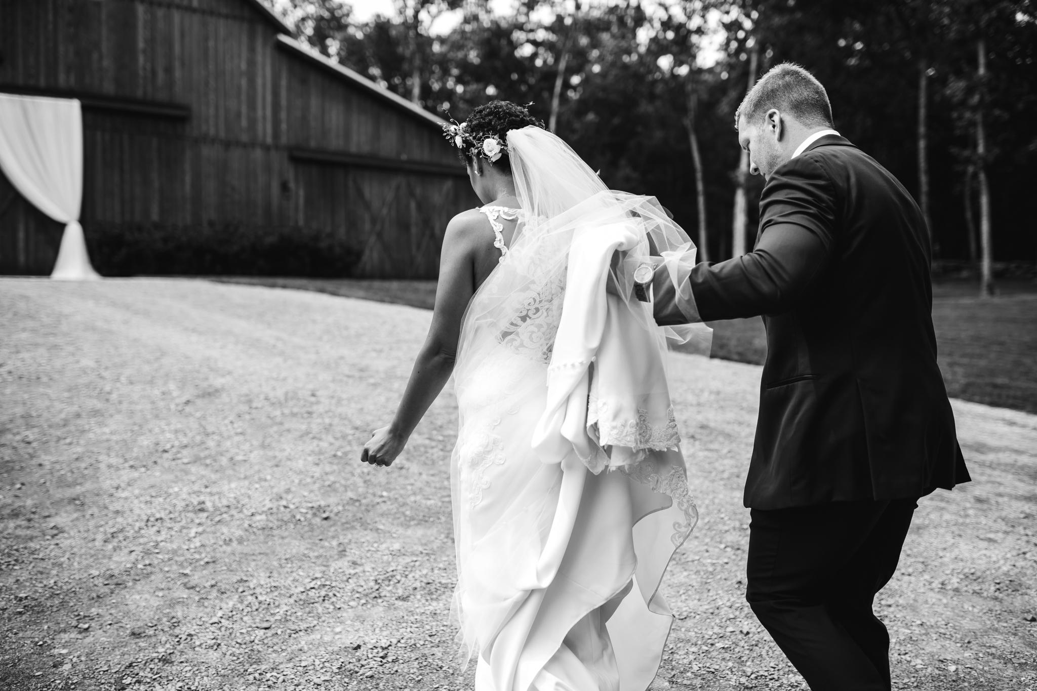 thewarmtharoundyou-murfreesboro-wedding-photographer-saddlewoodsfarms (95 of 125).jpg