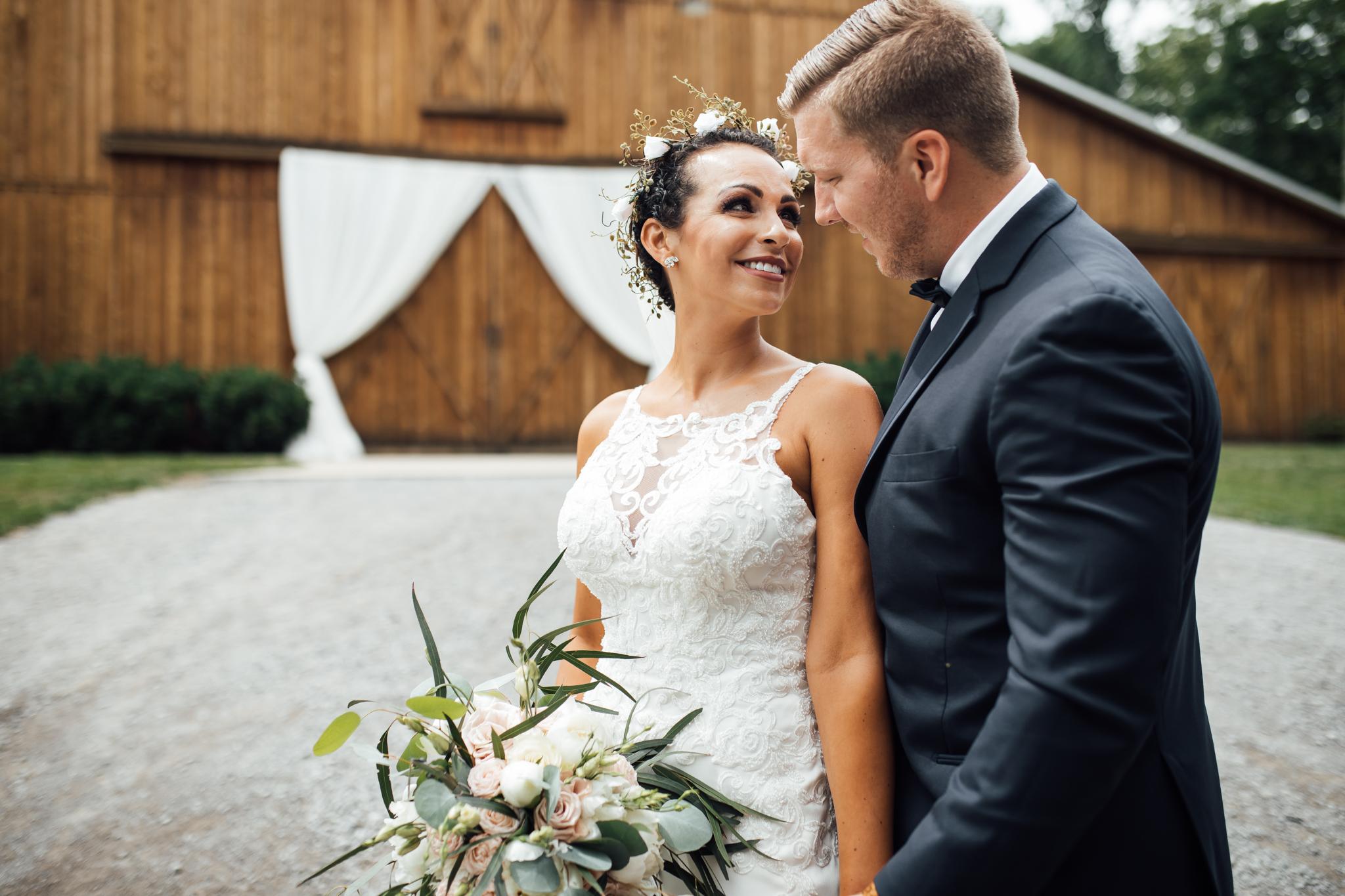 thewarmtharoundyou-murfreesboro-wedding-photographer-saddlewoodsfarms (97 of 125).jpg