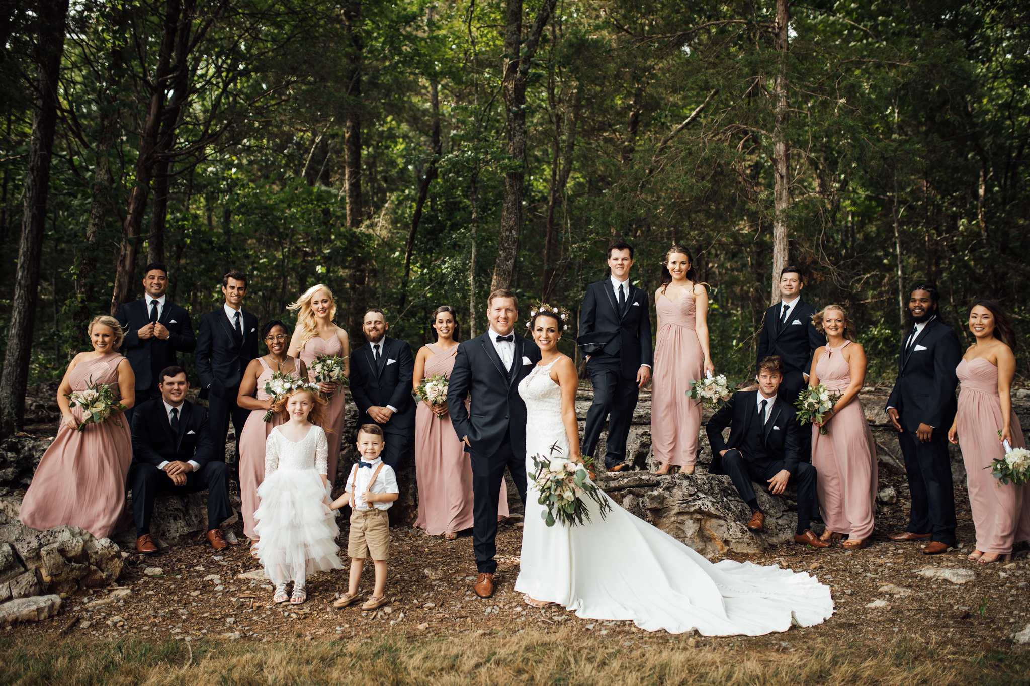 thewarmtharoundyou-murfreesboro-wedding-photographer-saddlewoodsfarms (207 of 121).jpg