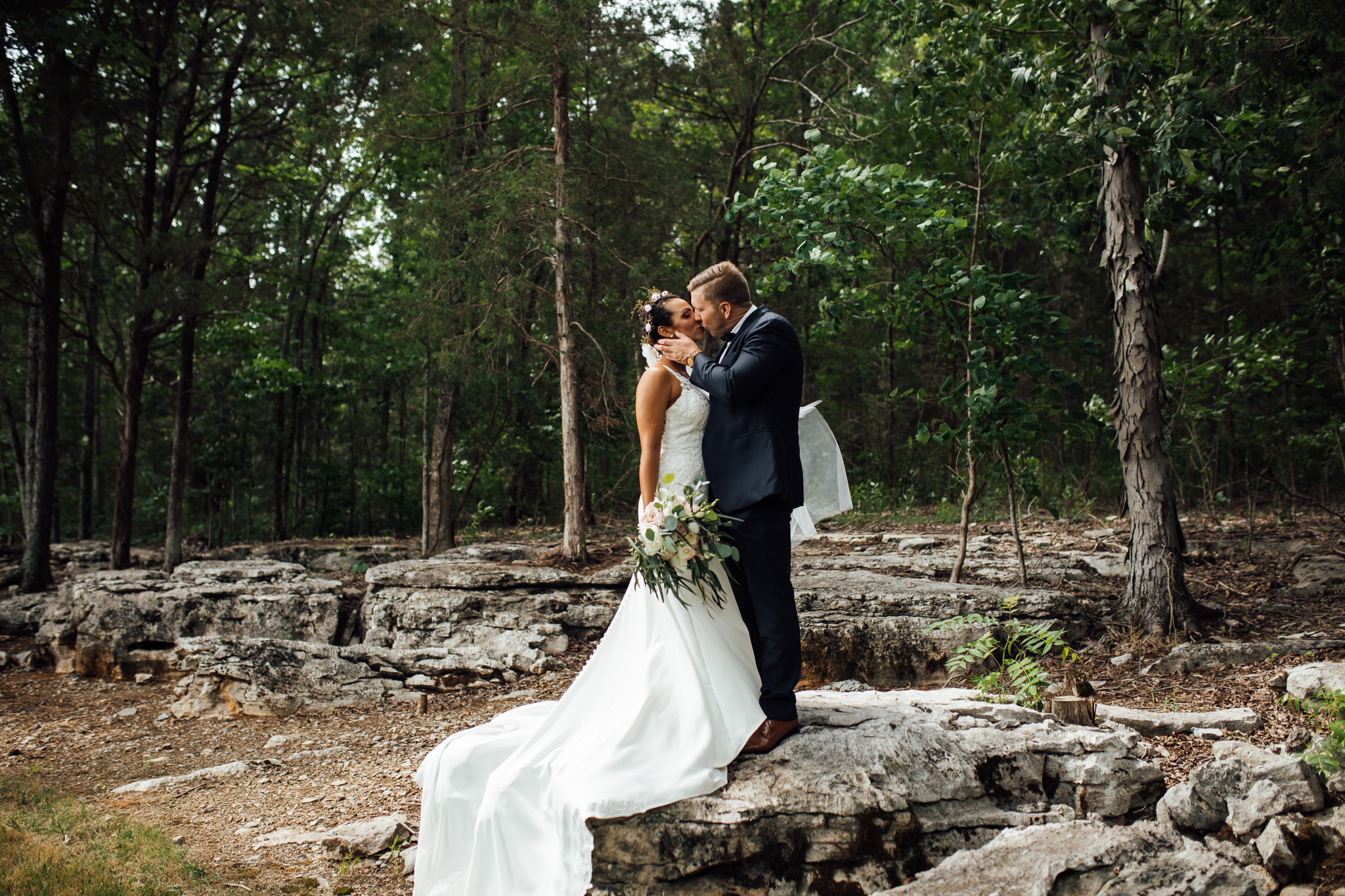 thewarmtharoundyou-murfreesboro-wedding-photographer-saddlewoodsfarms (130 of 121).jpg