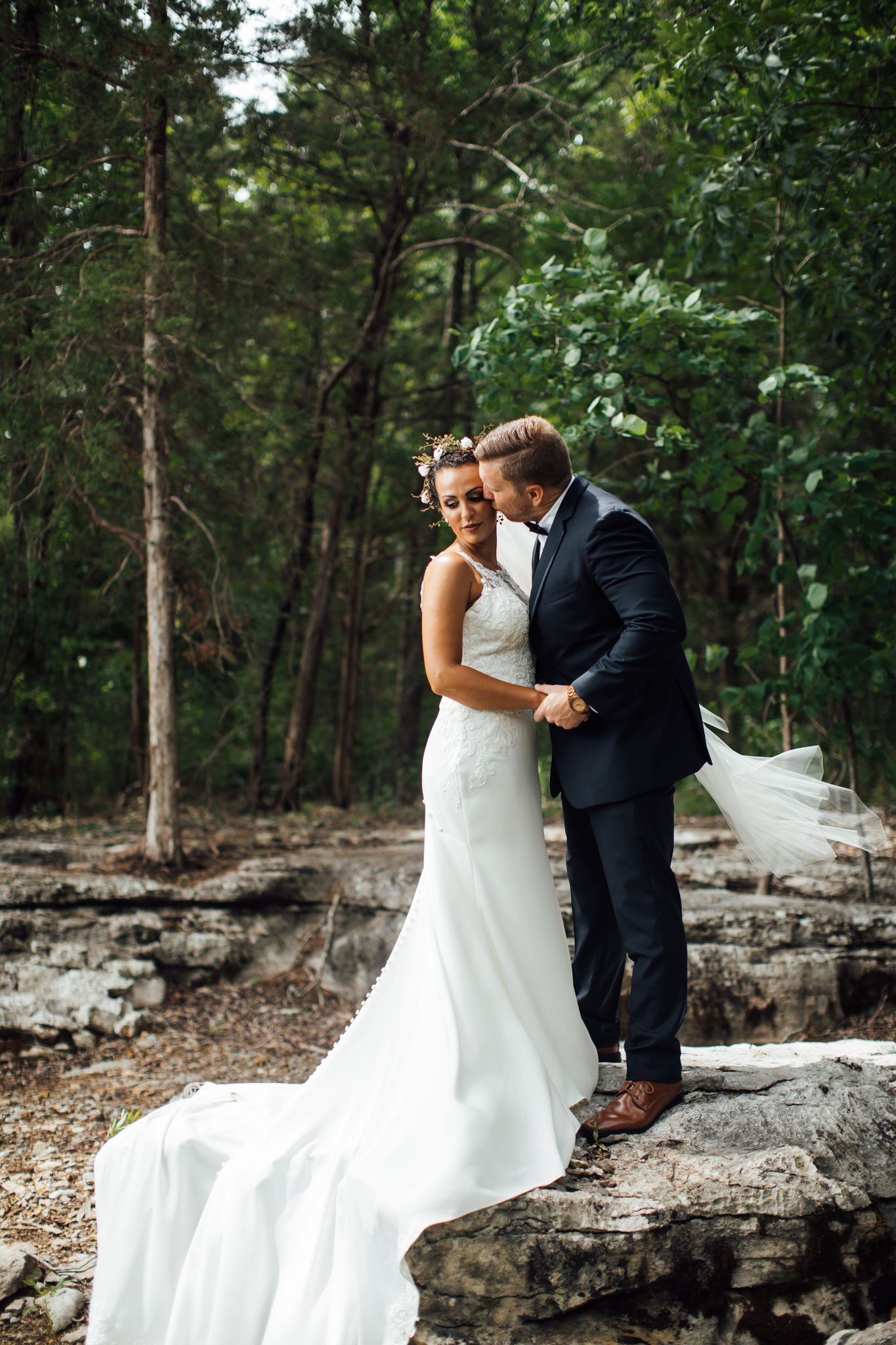 thewarmtharoundyou-murfreesboro-wedding-photographer-saddlewoodsfarms (131 of 121).jpg