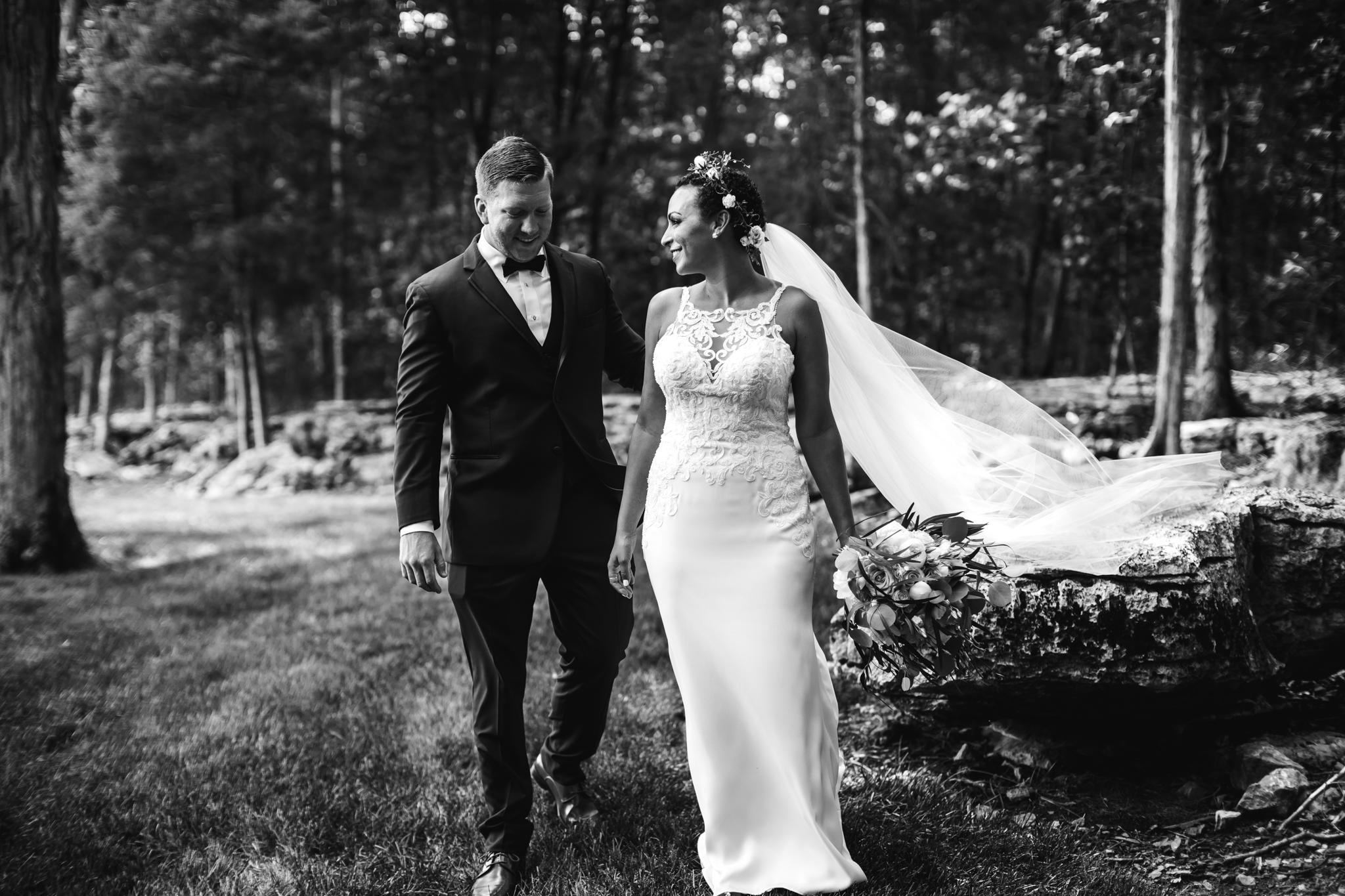 thewarmtharoundyou-murfreesboro-wedding-photographer-saddlewoodsfarms (146 of 121).jpg