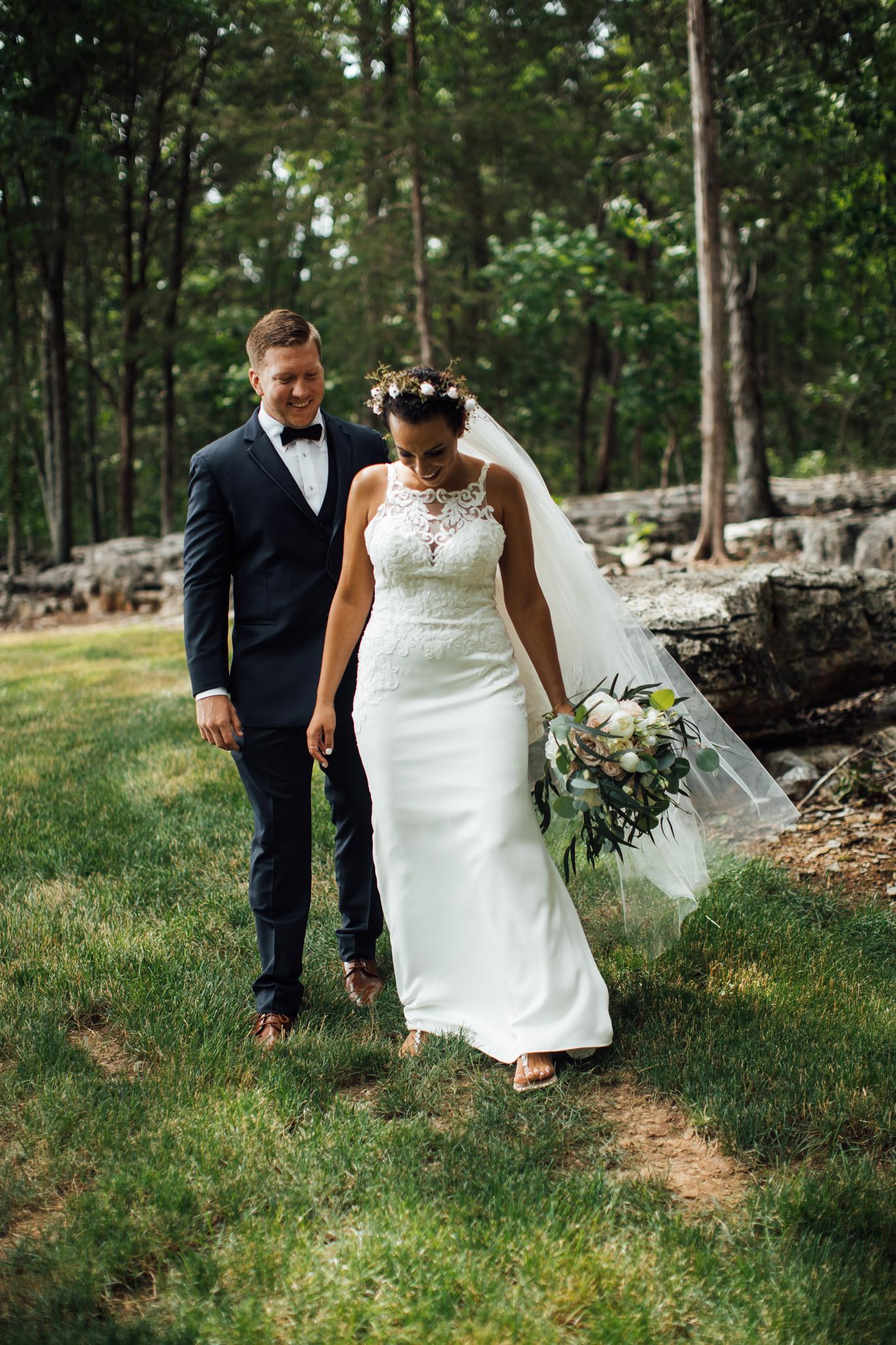 thewarmtharoundyou-murfreesboro-wedding-photographer-saddlewoodsfarms (148 of 121).jpg